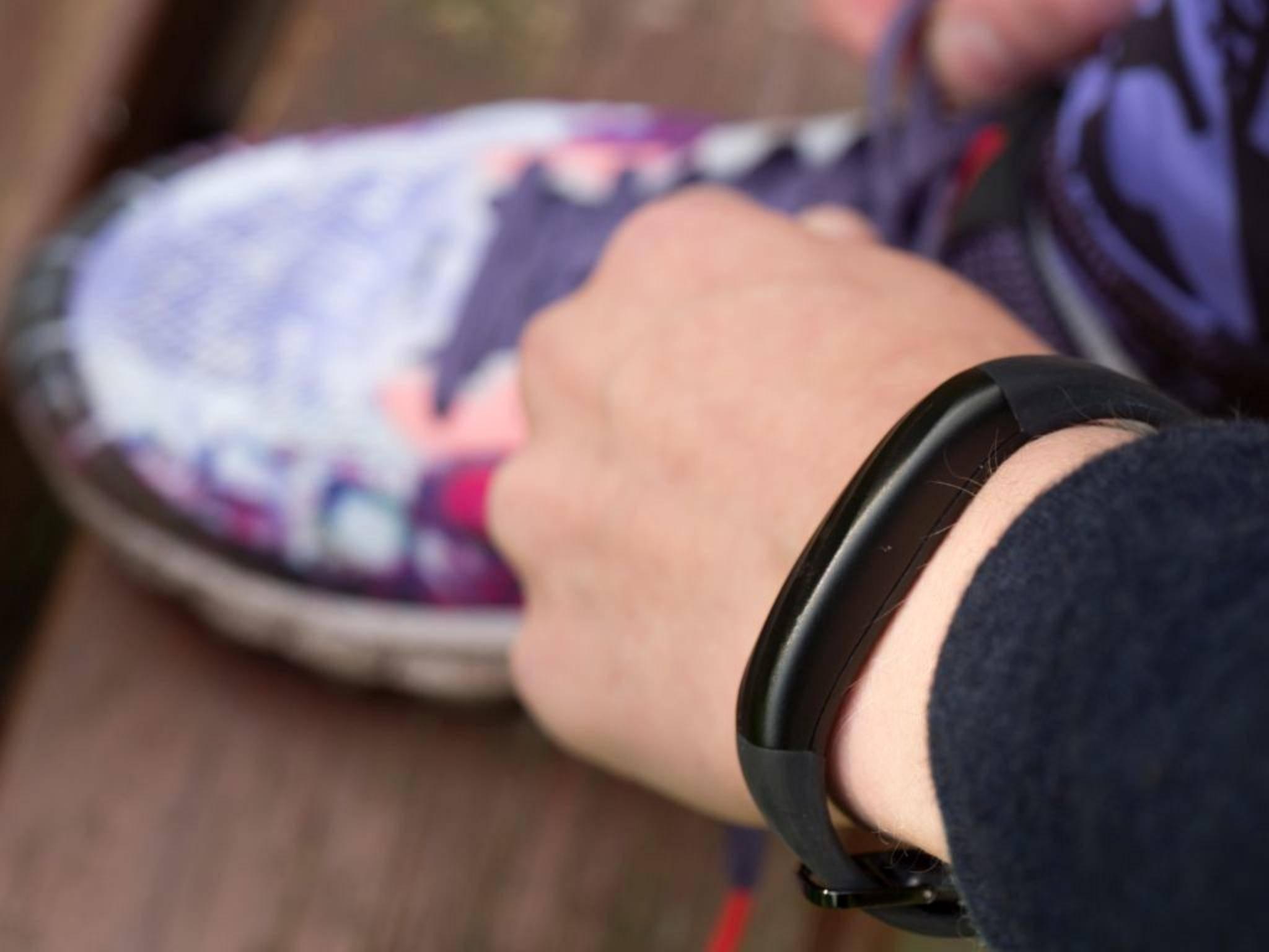 Nicht mehr am Arm, sondern unter der Haut soll das Wearable der Zukunft getragen werden.