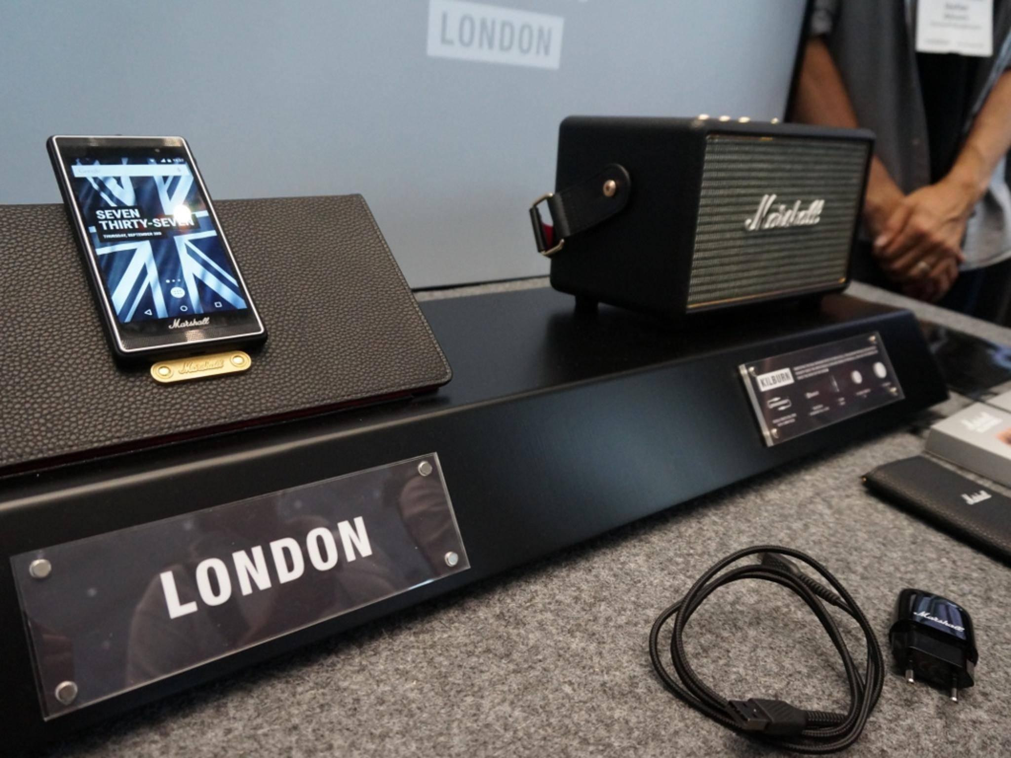 Ein interessanter Anblick ist auch das Marshall London-Smartphone.