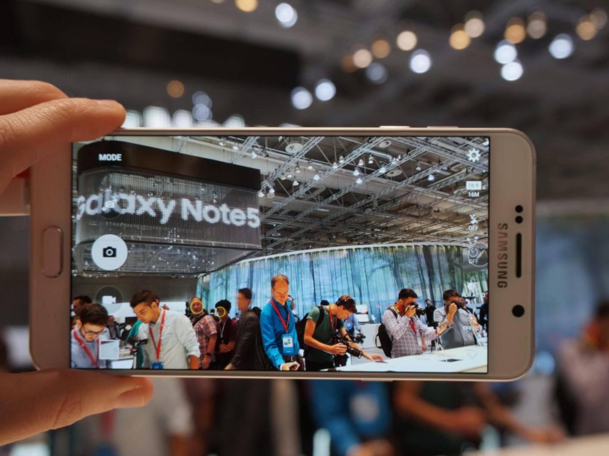 Verkündet Samsung etwa den Release des Galaxy Note 5 in Deutschland?