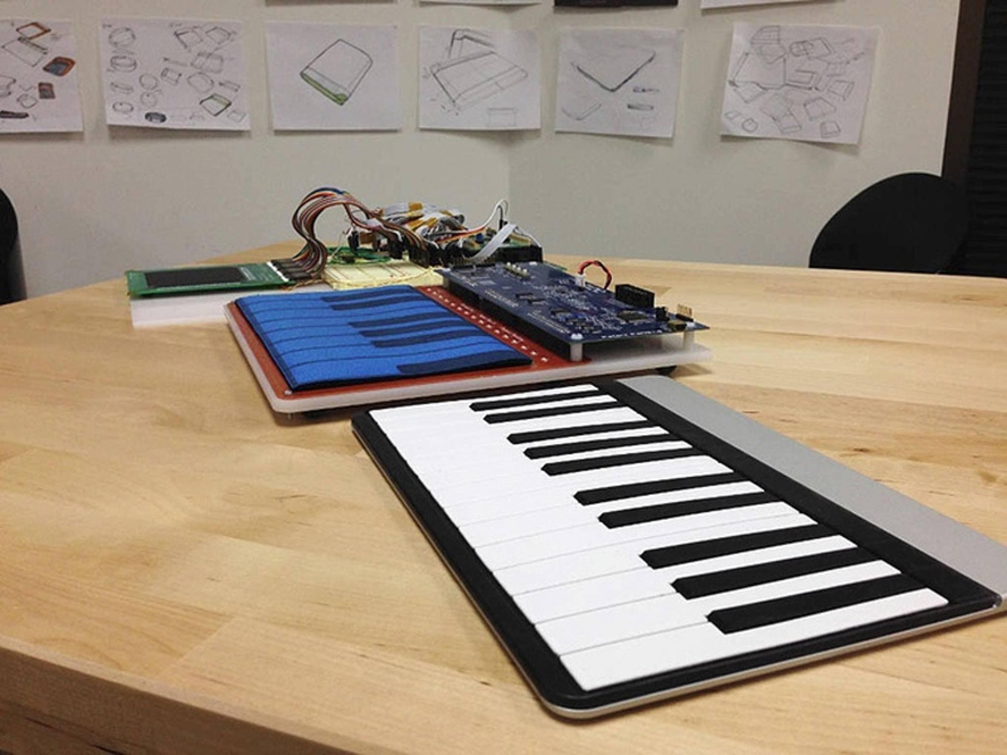 Individuelle Overlays eröffnen vielfältige Verwendungszwecke, wie etwa ein Klavier.