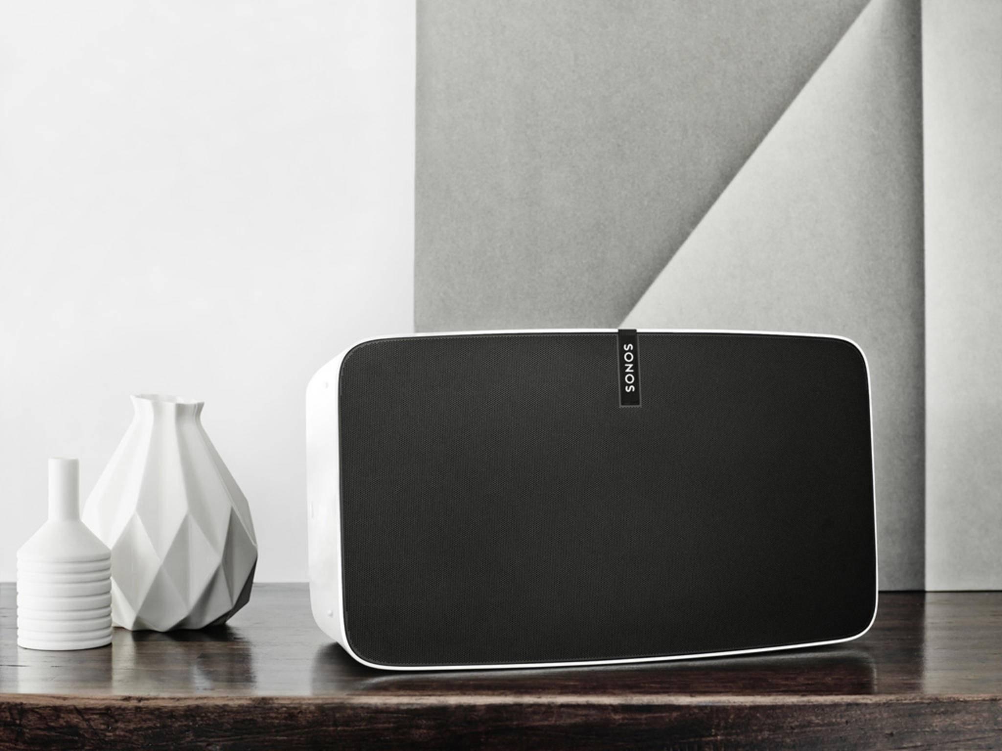 Sonos-Speaker PLAY:5 und Trueplay-Software für satten Sound
