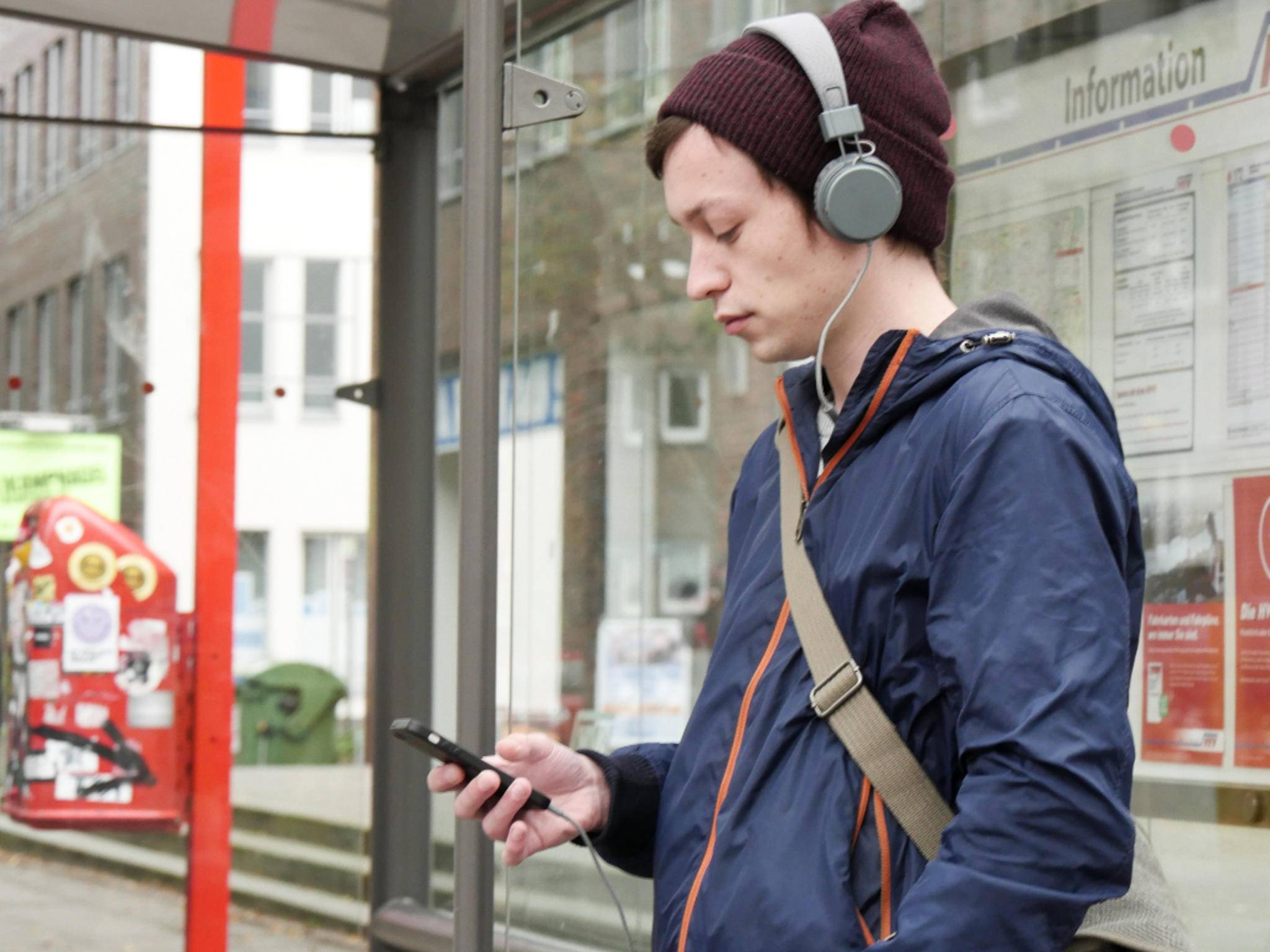 Unser Social Media Manager Malte nutzt sein iPhone täglich als Musik-Player.