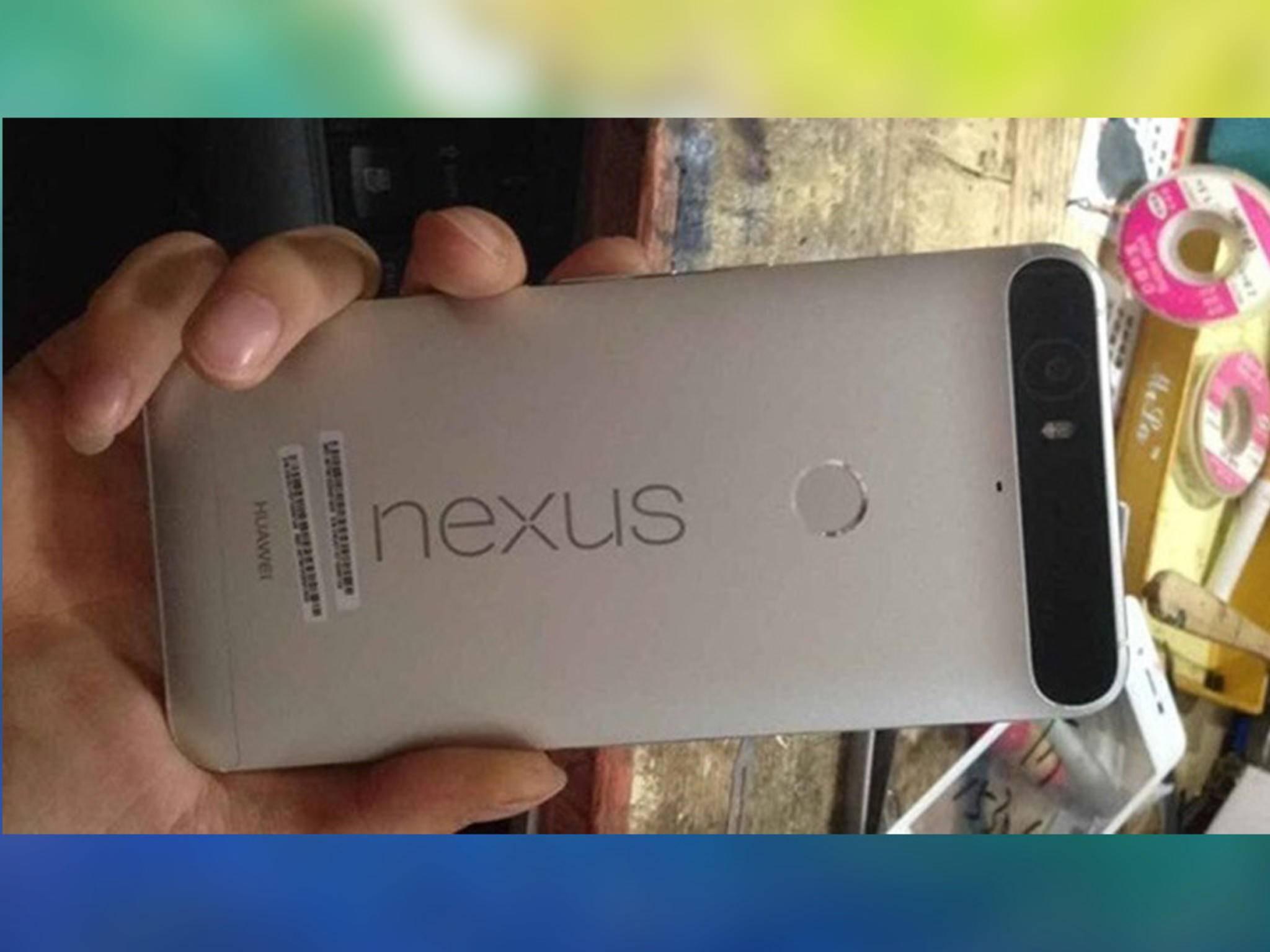 Dieses Bild des Nexus 6P war bereits früher durchgesickert, und ...