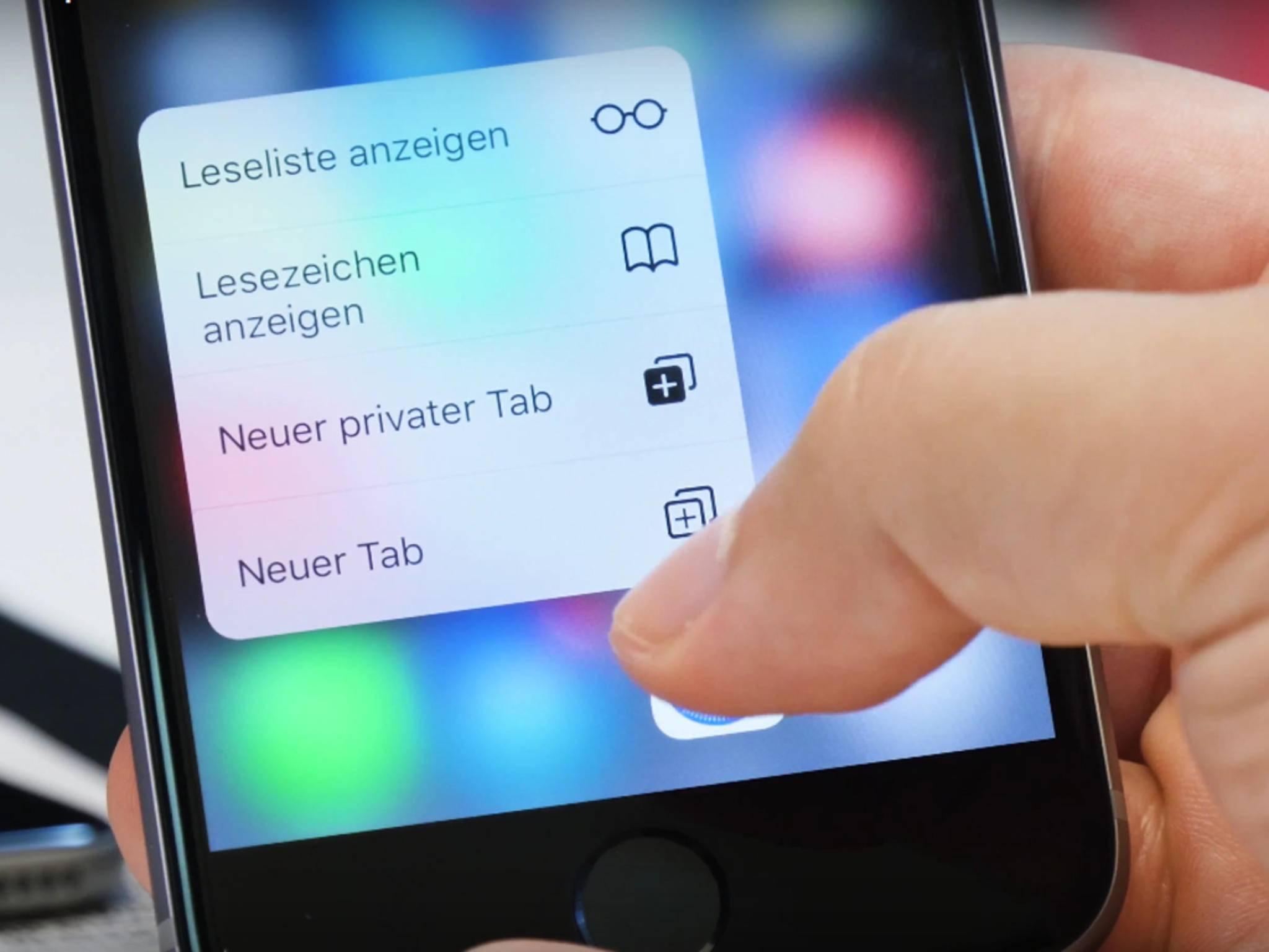 Die meisten iOS-Apps, wie hier Safari, bieten sinnvolle Shortcuts an.