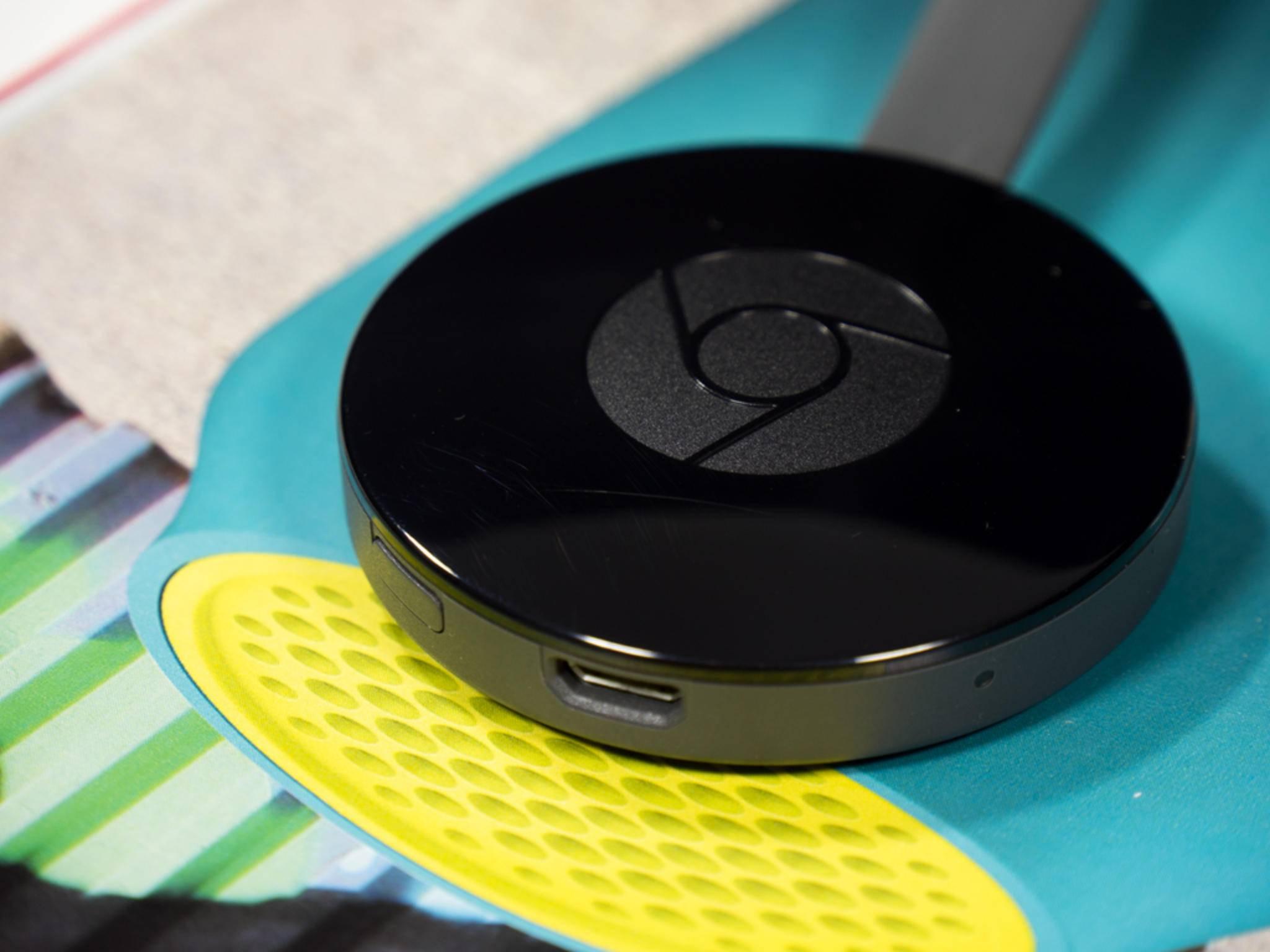 Der neue Chromecast kommt als kleiner Puck daher.