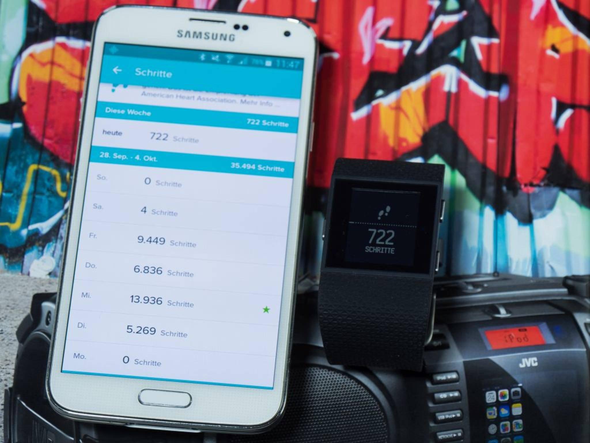 Hybrid-Modelle wie die Fitbit Surge...