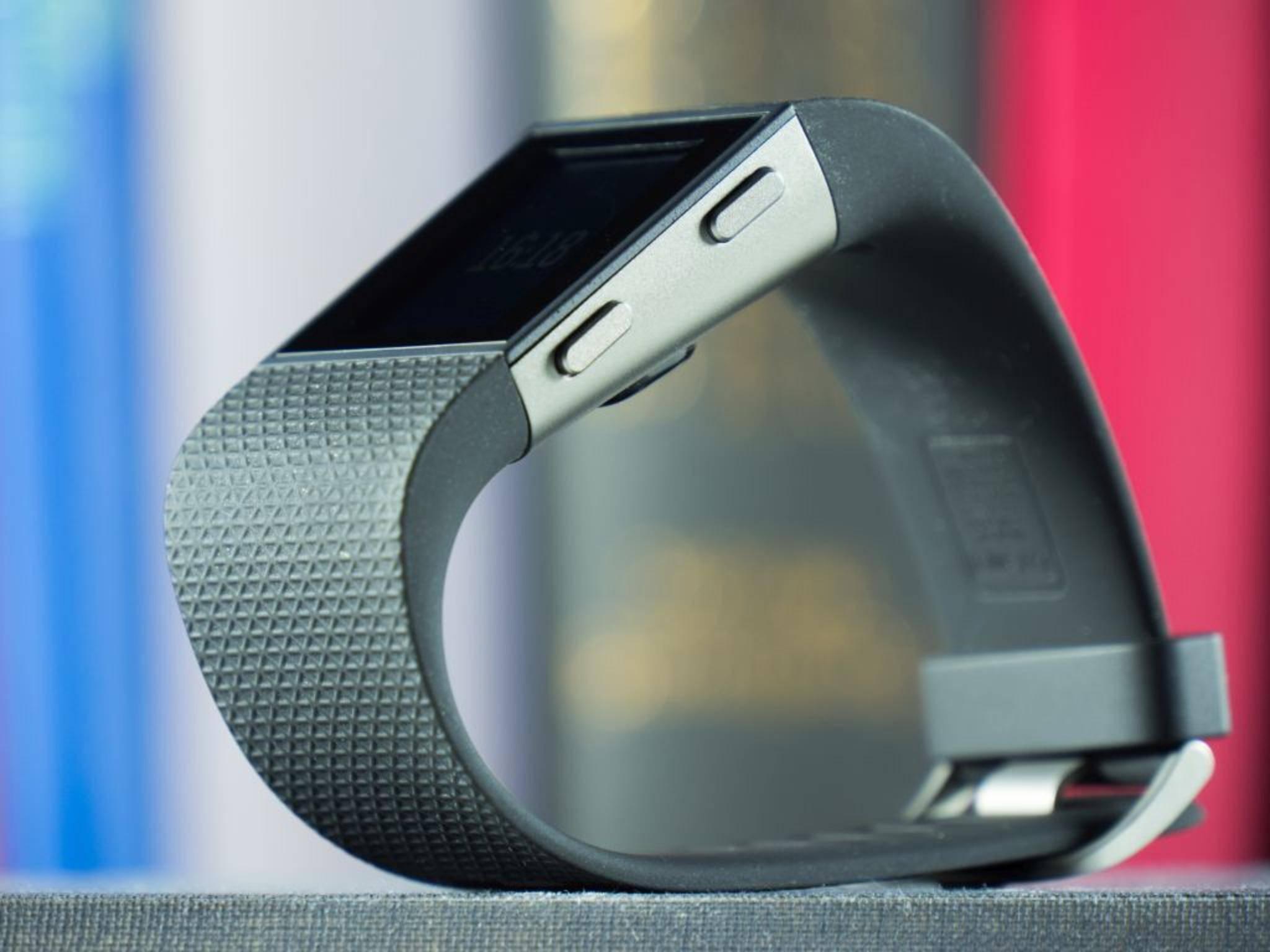 Das Armband ist zudem ein regelrechter Fusselmagnet.