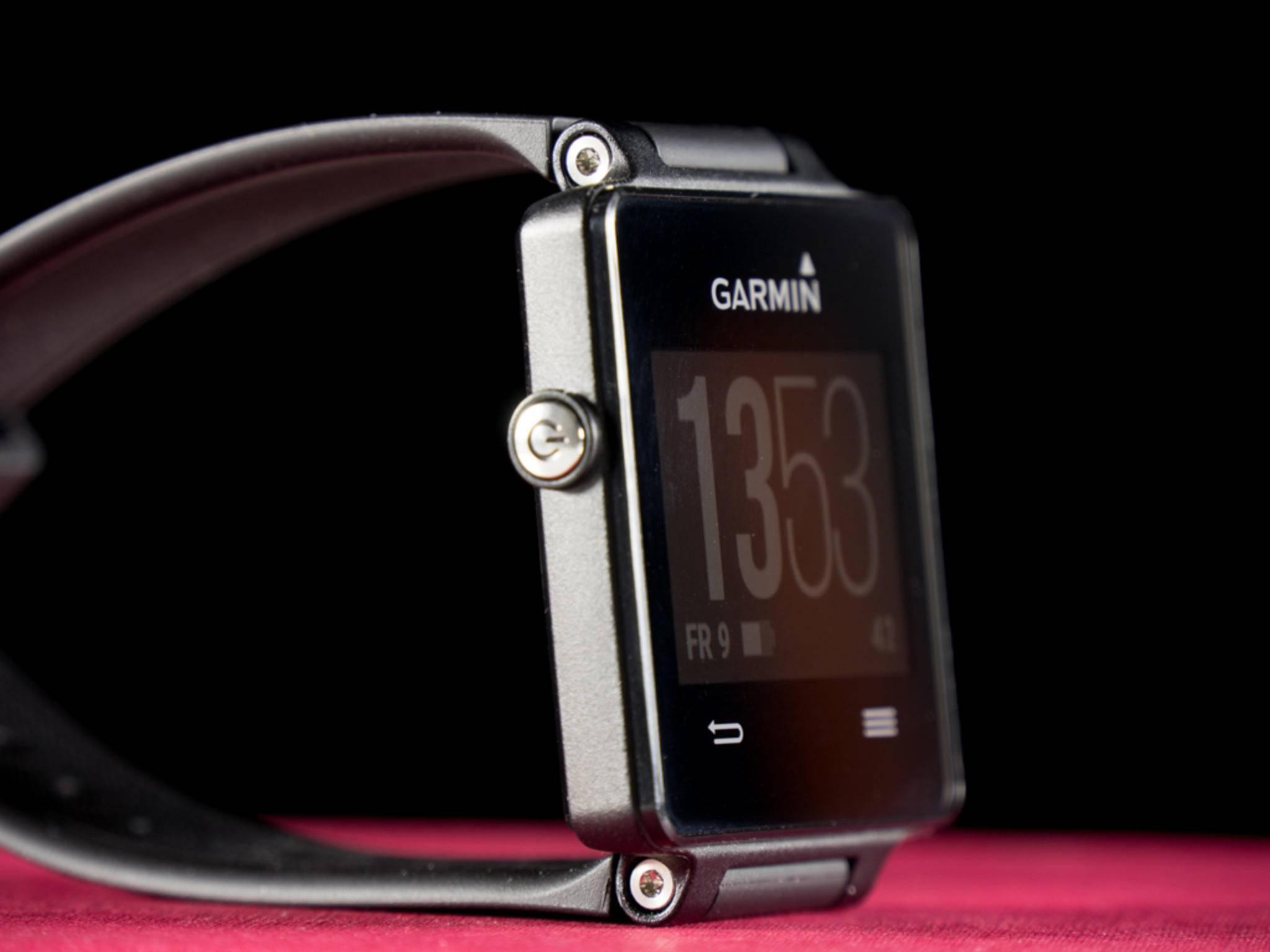 Fitness-Tracker, Smartwatch oder Laufuhr? Die Garmin Vivoactive will alles sein.