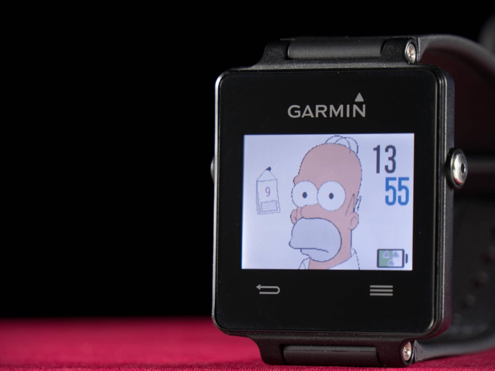 Der Screen wird auf Knopfdruck beleuchtet und ist individuell gestaltbar.