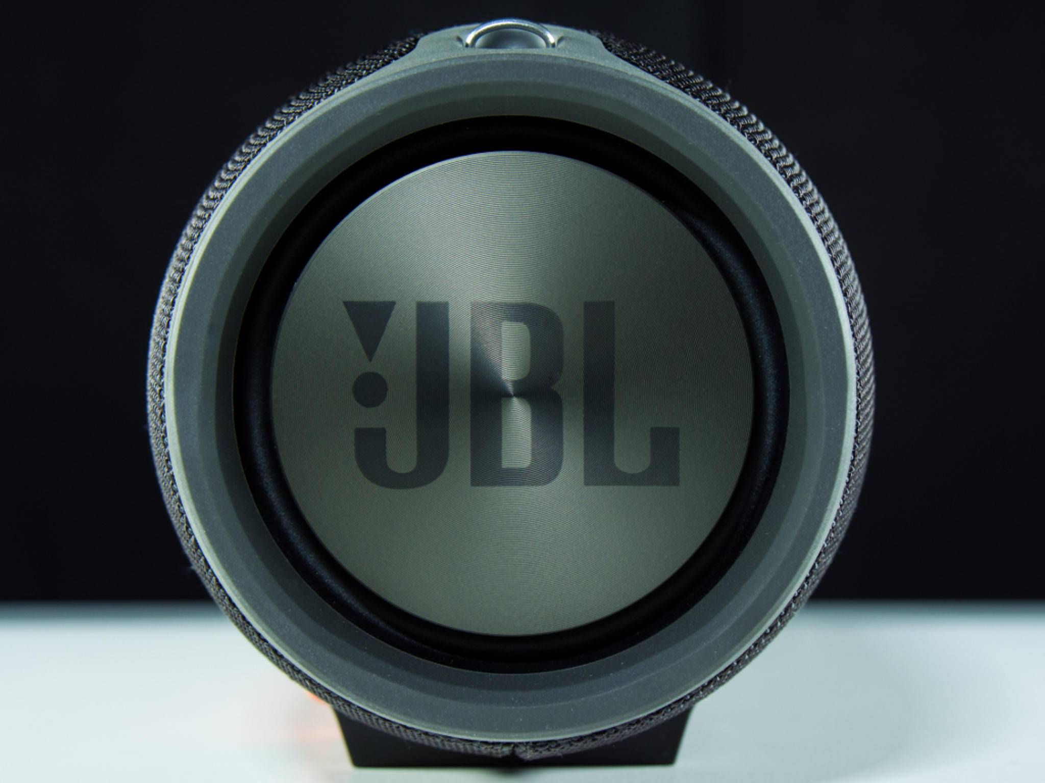 JBL_Xtreme04
