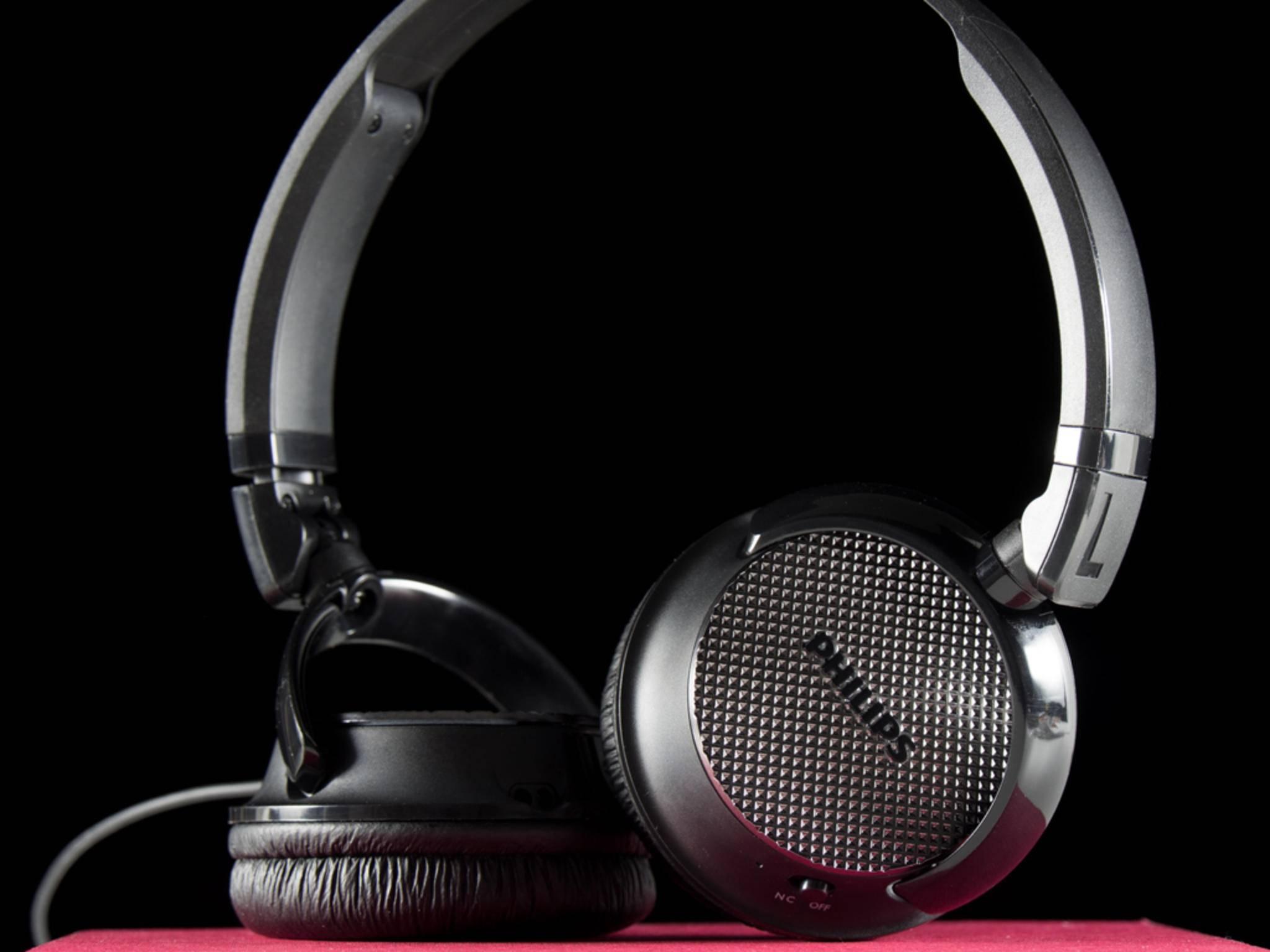 Die unverbindliche Preisempfehlung ders Philips-Kopfhörers beträgt 59,99 Euro.