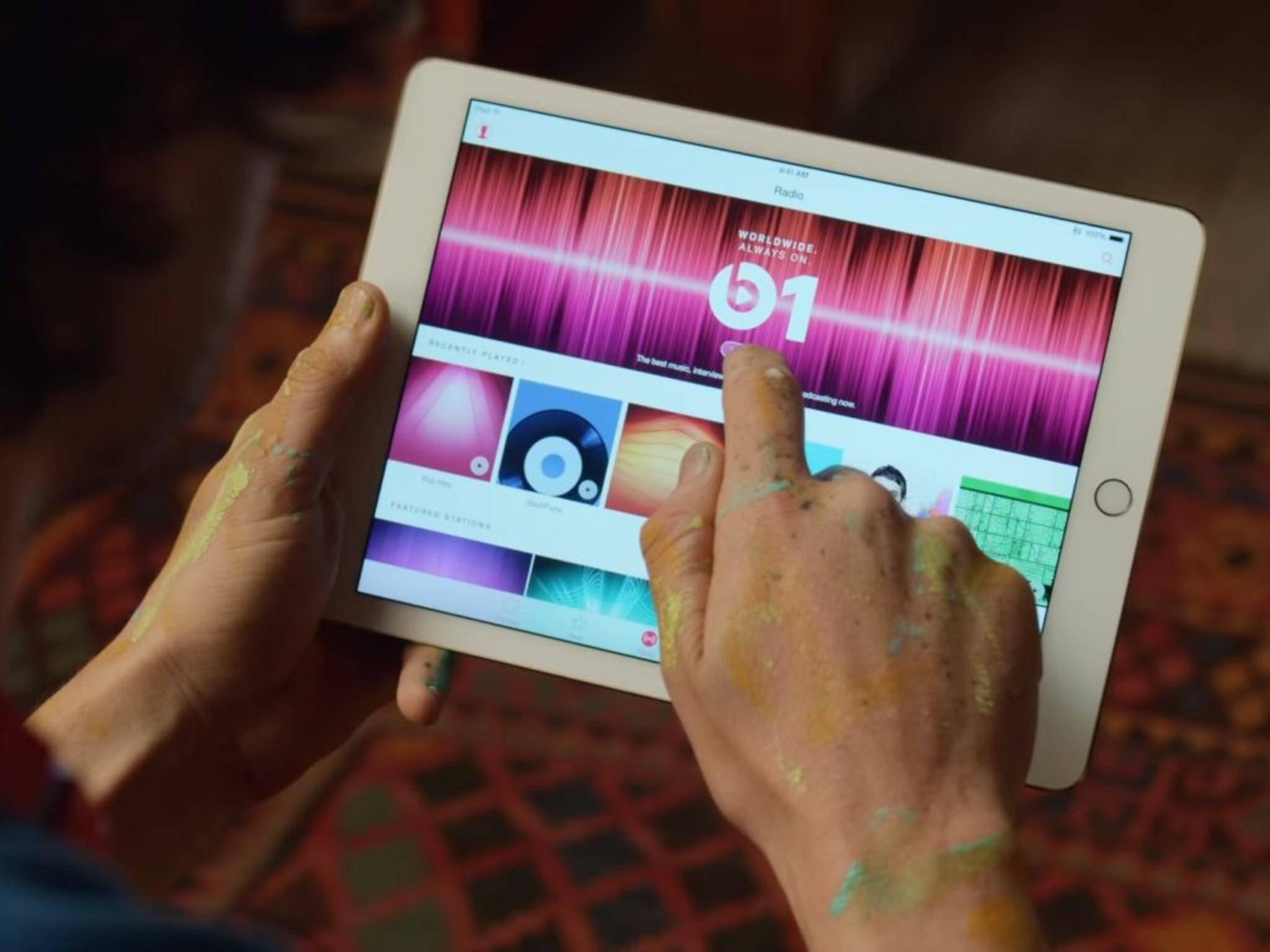 Apple Music gab es bisher nur für iOS-Geräte, jetzt soll die Android-Welt erobert werden.