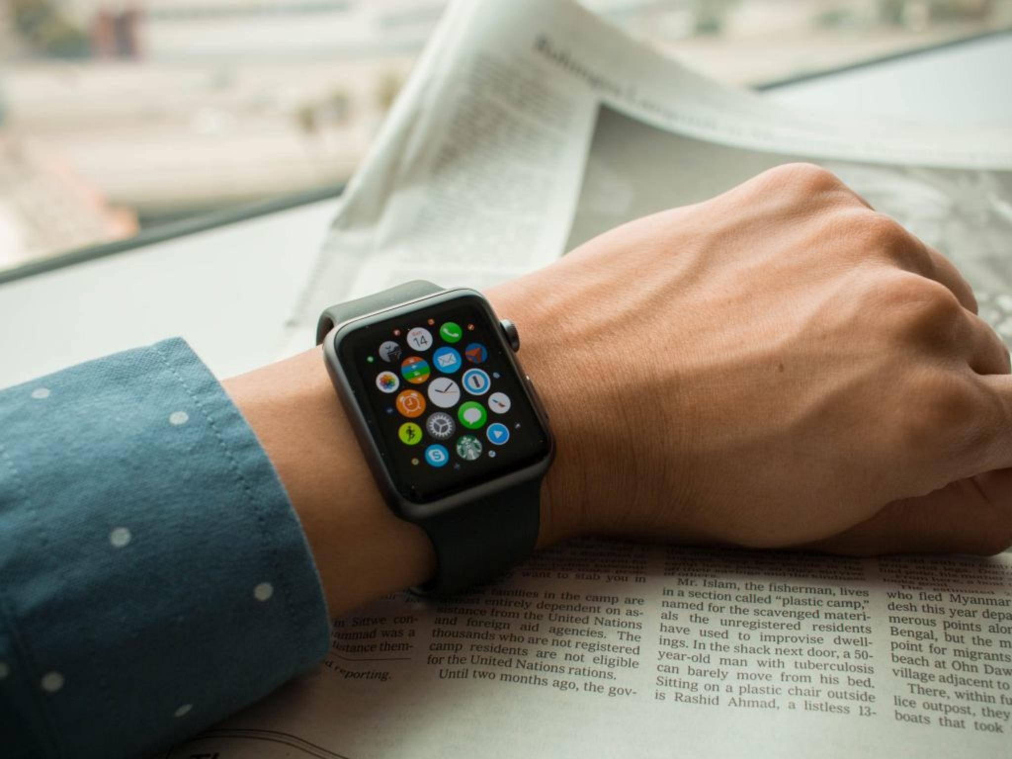 Die aktuelle Apple Watch braucht fast immer eine iPhone-Verbindung.