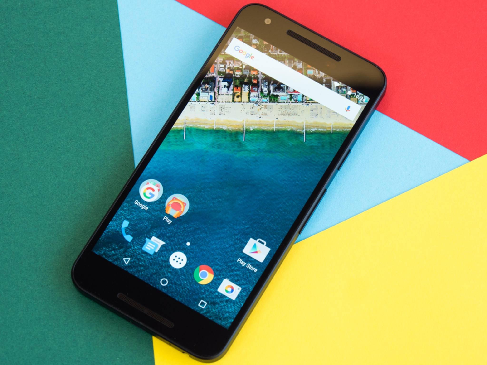 Das Nexus 5X ist eines der ersten Smartphones mit Android 6.