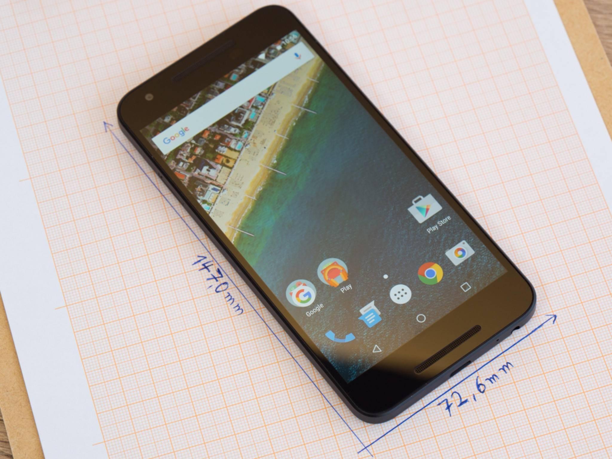 Das Nexus 5X ist deutlich kleiner als das Nexus 6P.