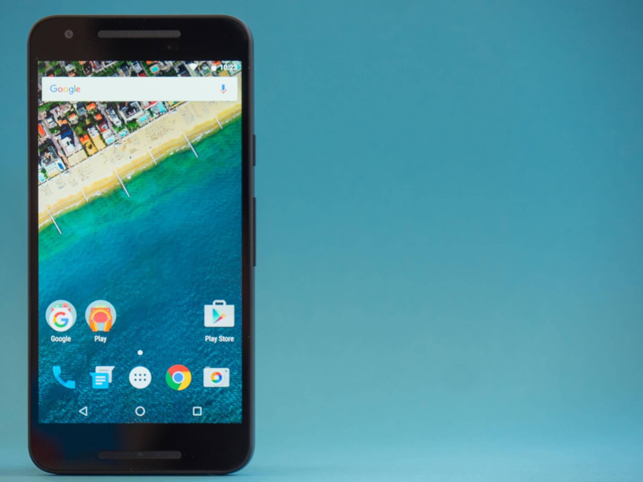 Das Nexus 5X lieferte im Test eine annehmbare Performance.