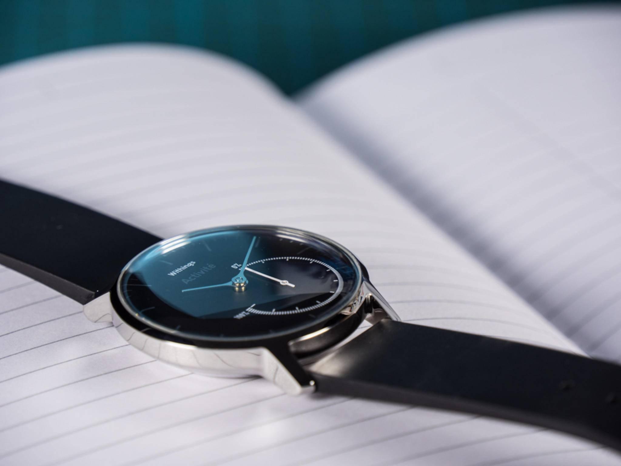 Ziemlich edel für eine Fitness-Uhr: Die Withings Activité Steel.