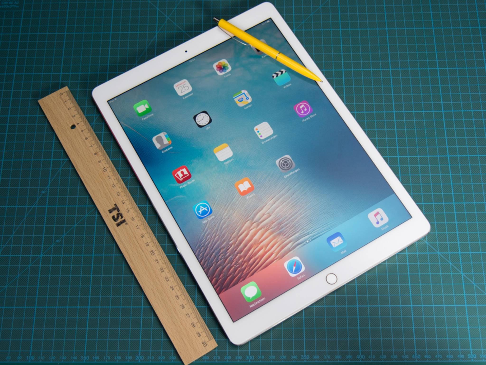 Das Retina-Display des iPad Pro 12.9 löst mit 2732 x 2048 Pixeln auf.