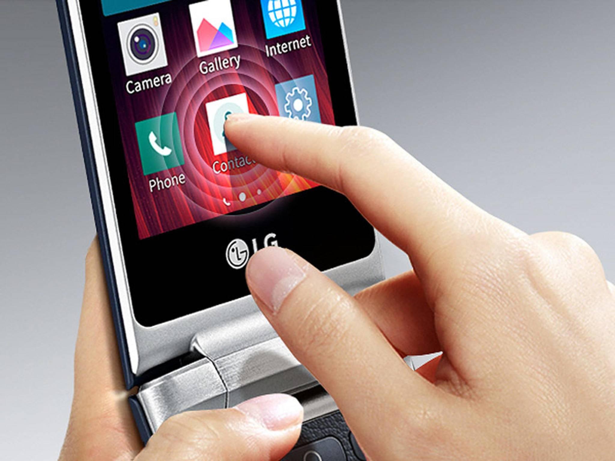 Das Klapp-Smartphone LG Wine Smart ist ab sofort für 199 Euro im Handel erhältlich.