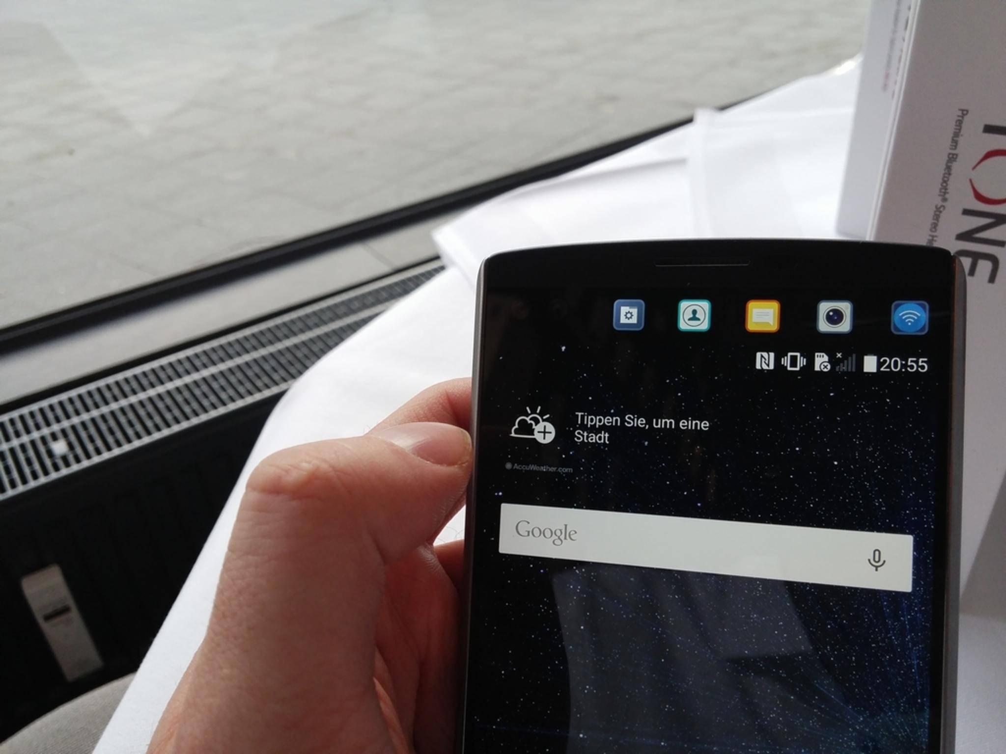 Der zweite Bildschirm befindet sich über dem Hauptscreen.