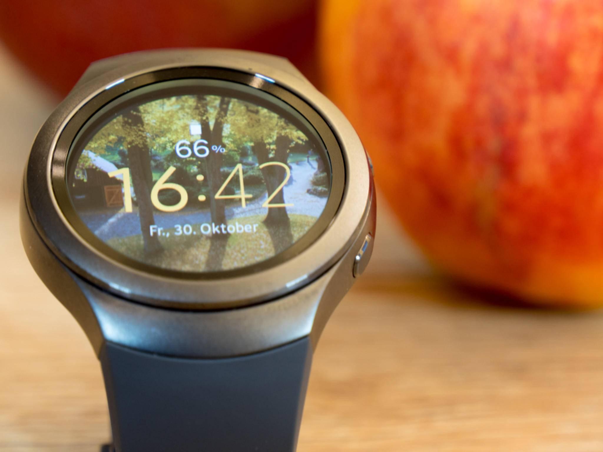 Die Smartwatch Gear S2 wird künftig mit iOS zusammenarbeiten.