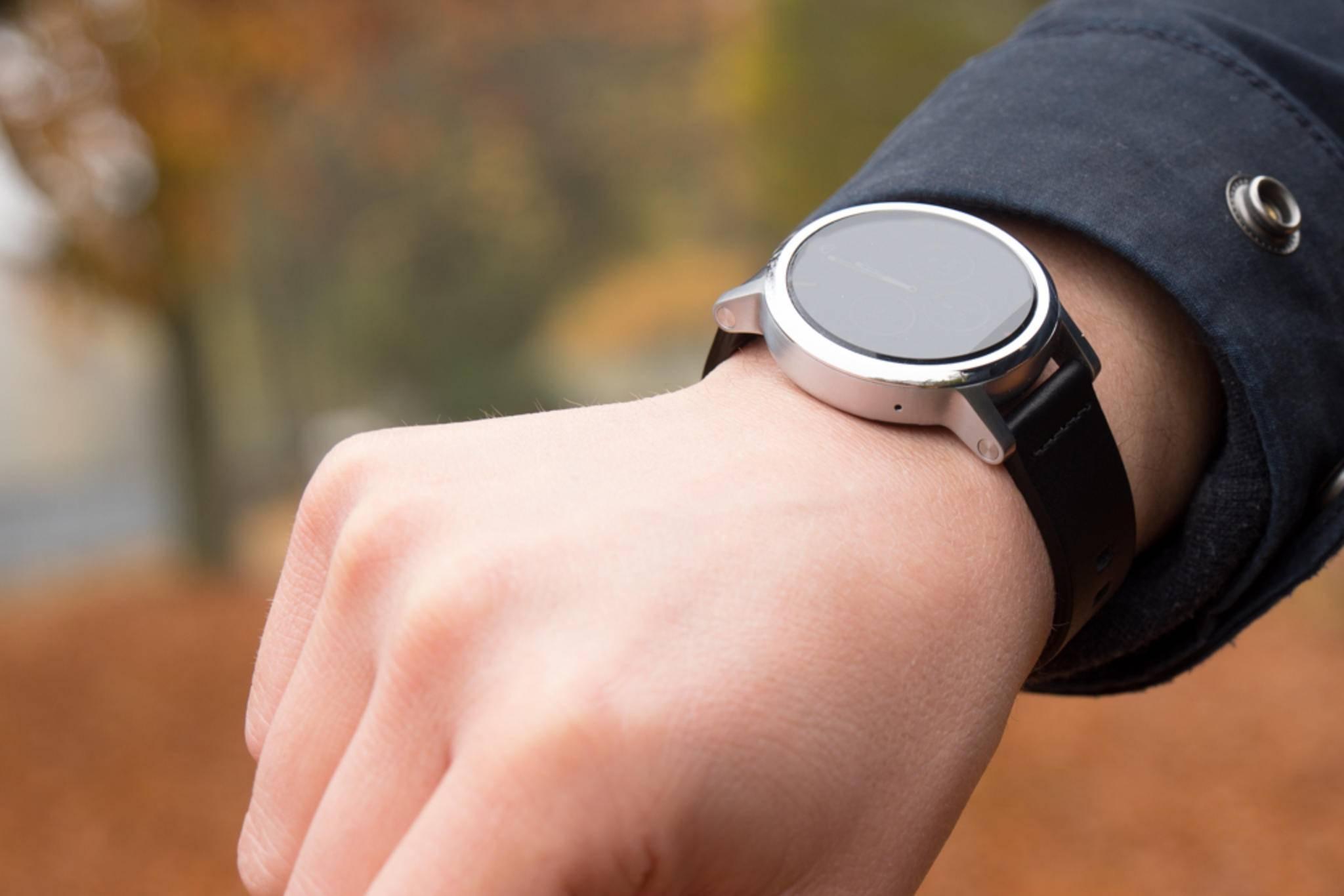 Smartwatches_Motorola-5