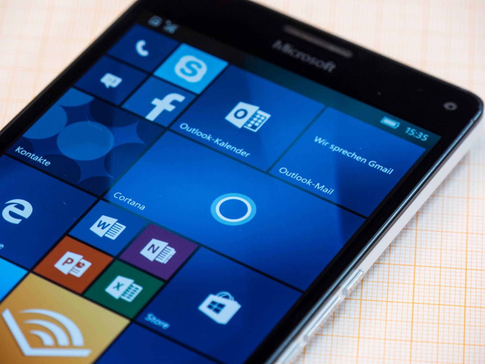 Windows 10 Mobile wird endlich ausgerollt.