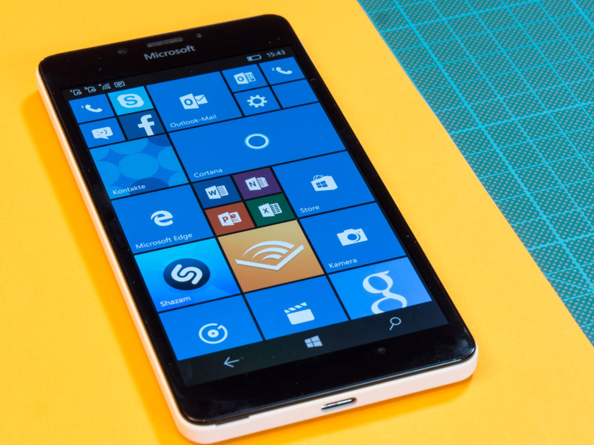 Lumia 950 & 950 XL erhalten ihr erstes größeres Firmware-Update.