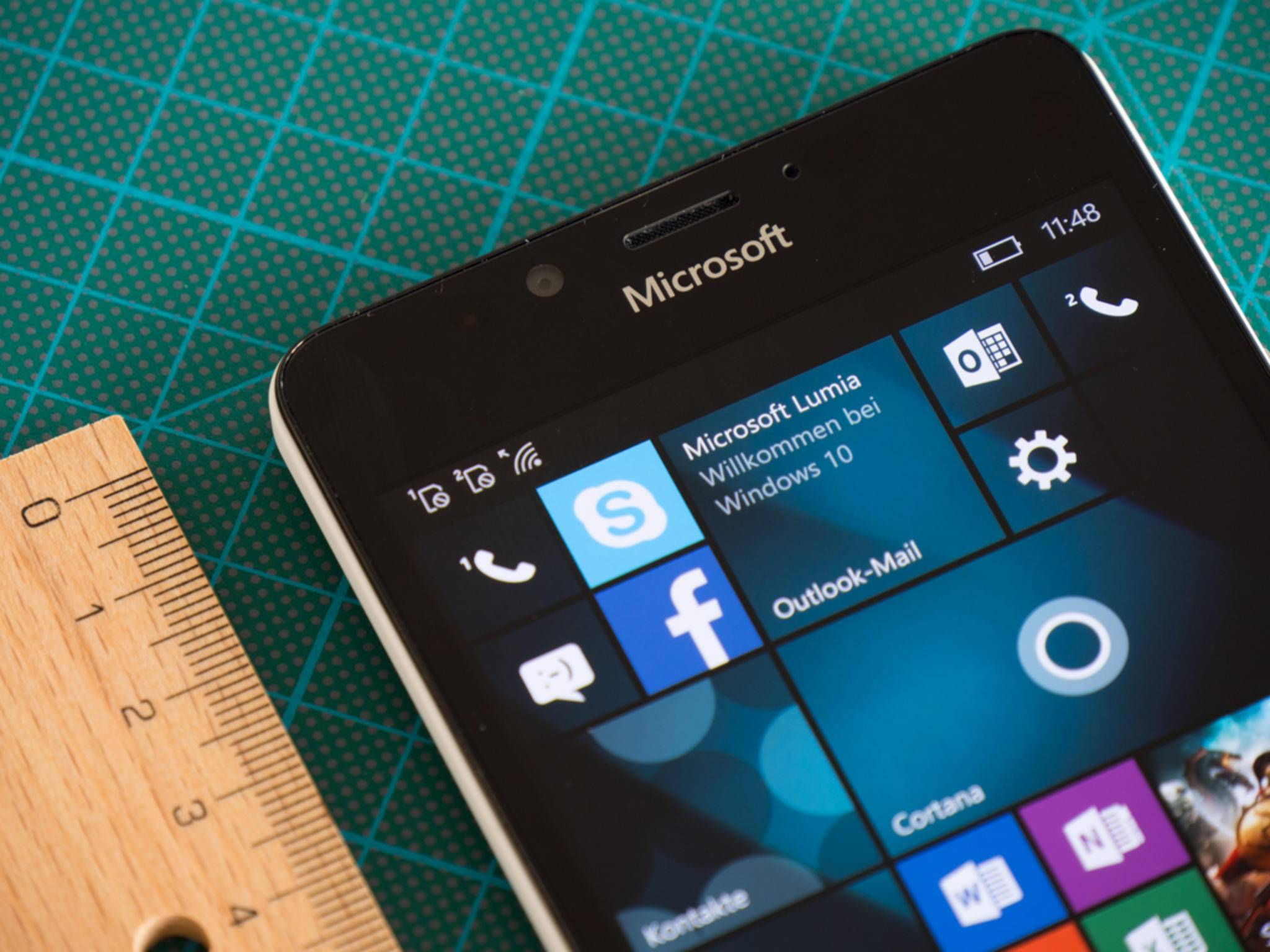Wie schlägt sich das Lumia 950 mit Windows 10 Mobile im Test?