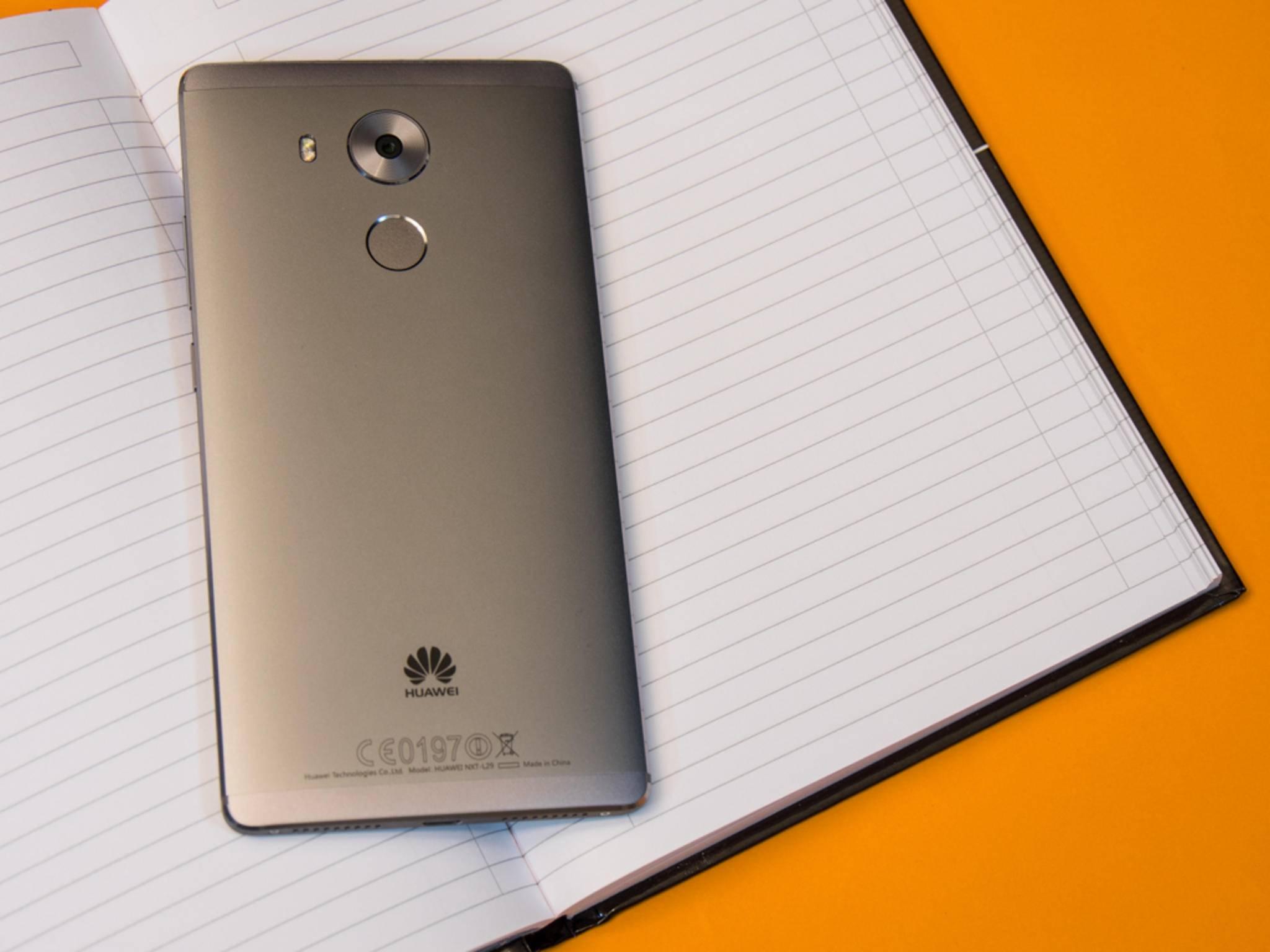 Die Abmessungen entsprechen daher fast denen des 5,5 Zoll großen iPhone 6s Plus.