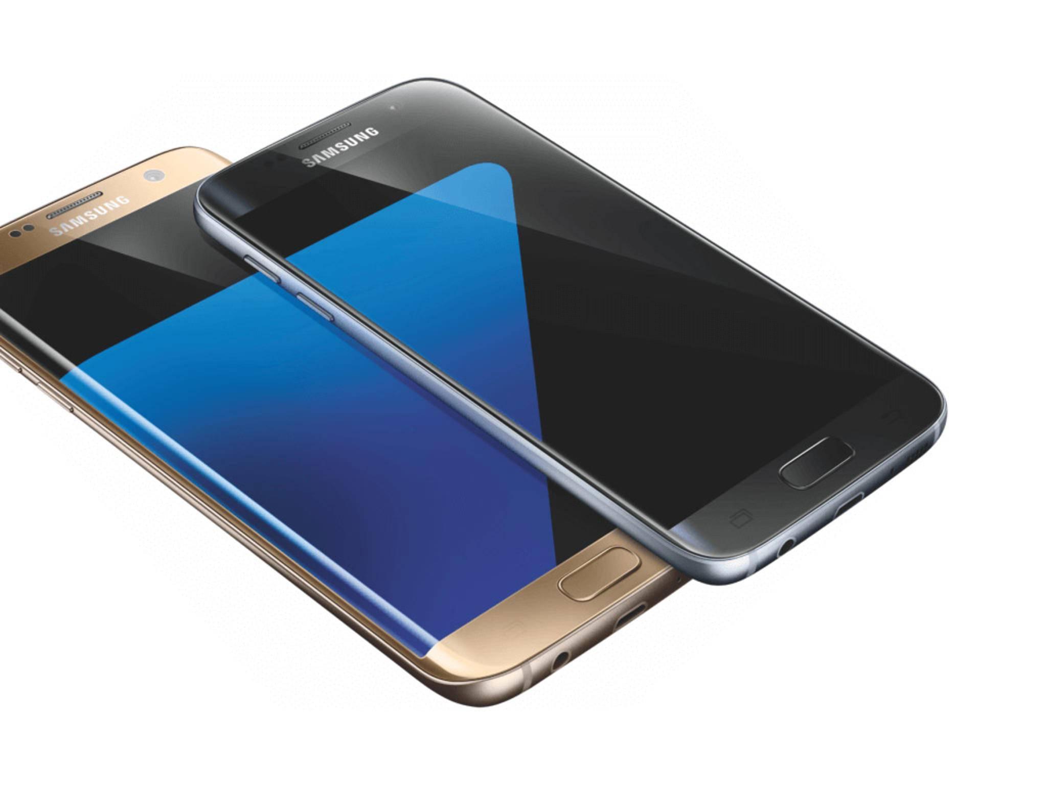 Galaxy S7 und Galaxy S7 edge zeigen sich auf einem Pressebild.