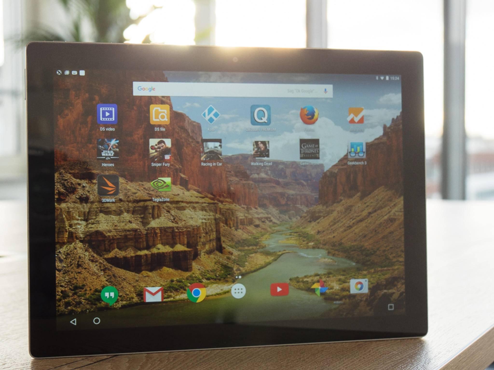 Das Display des Google Pixel C ist von hervorragender Qualität und ...