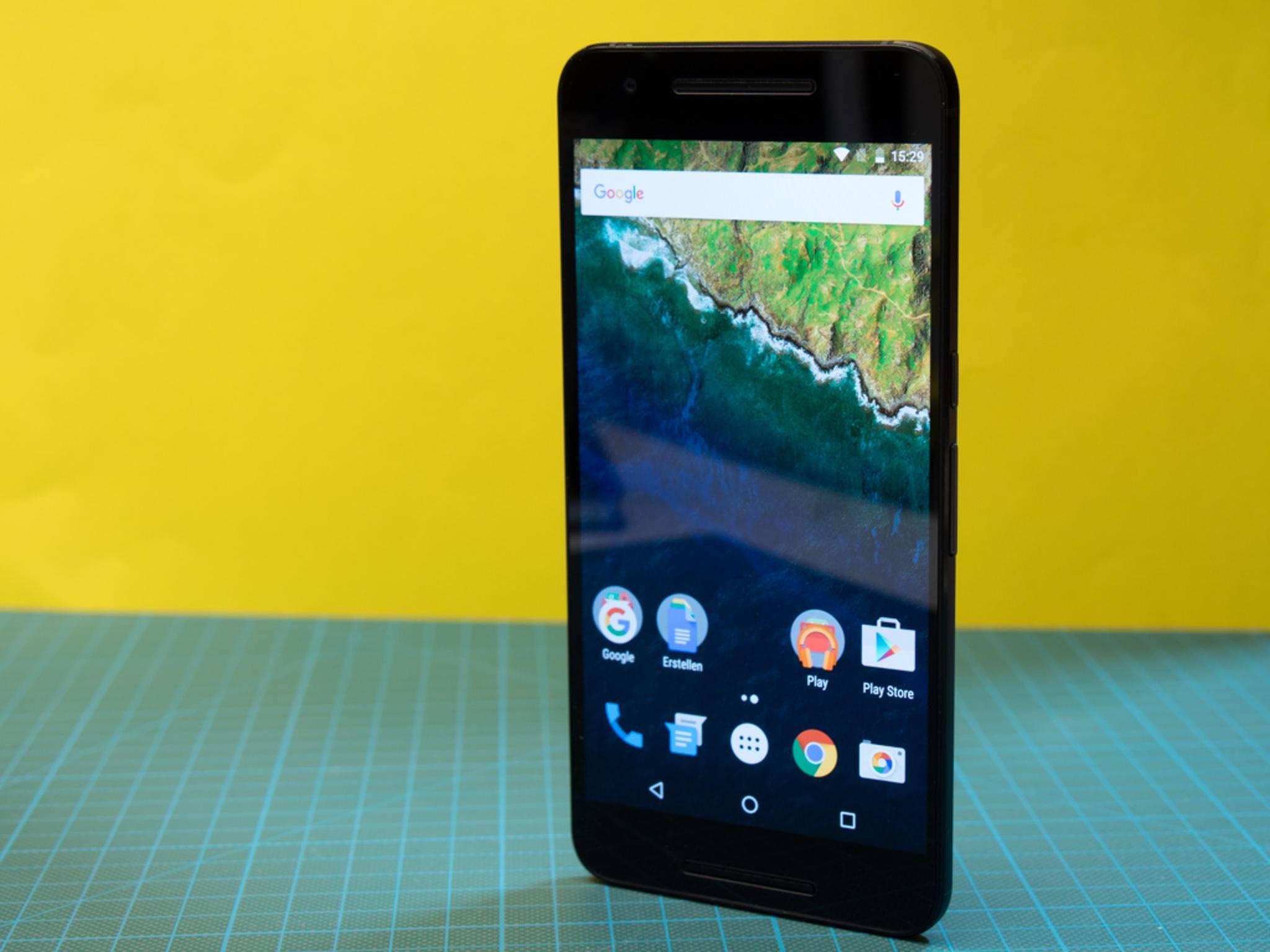 Das Nexus 6P erhält noch mindestens bis September 2017 Updates.
