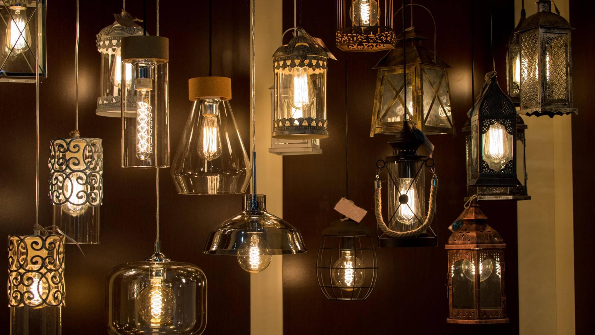 Dekorative Lampen können auch Marke Eigenbau sein.