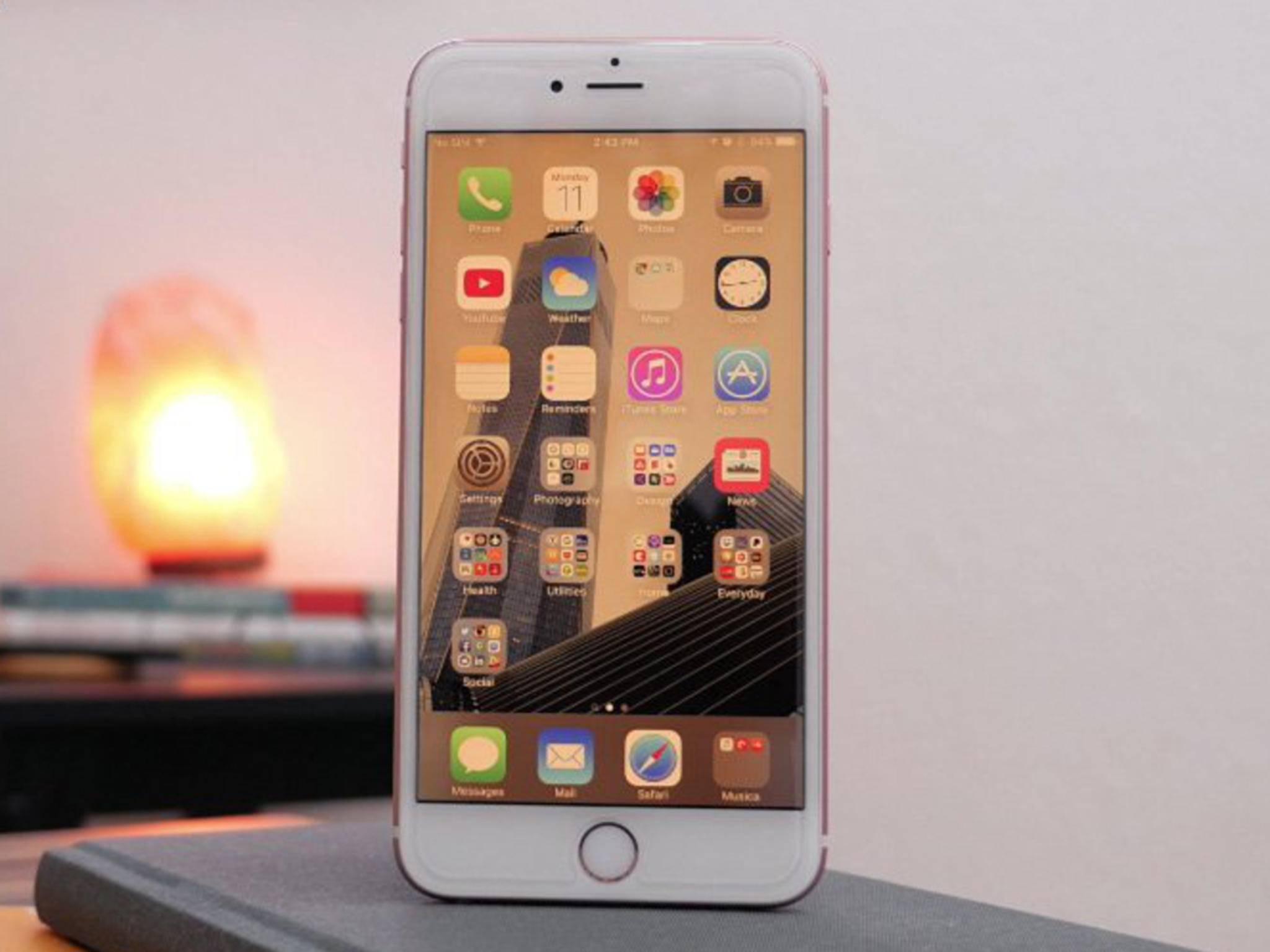 Der Nachtmodus wirkt wie ein Blaufilter auf dem iPhone.