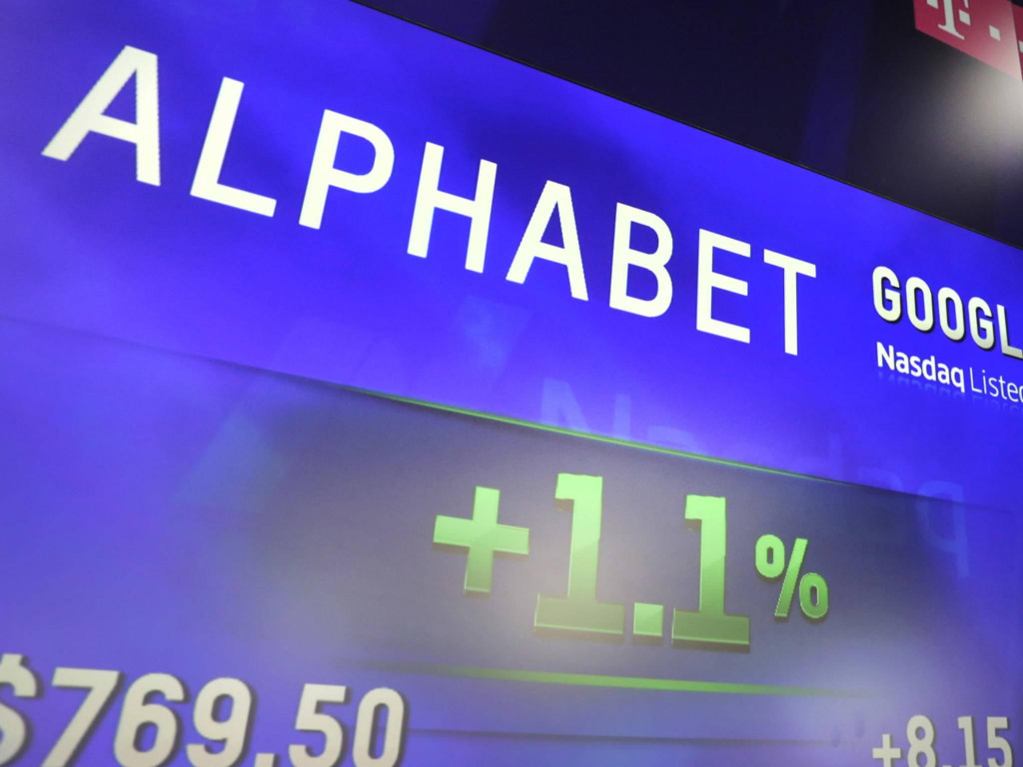Google alias Alphabet löste Apple nachbörslich als wertvollstes Unternehmen ab.