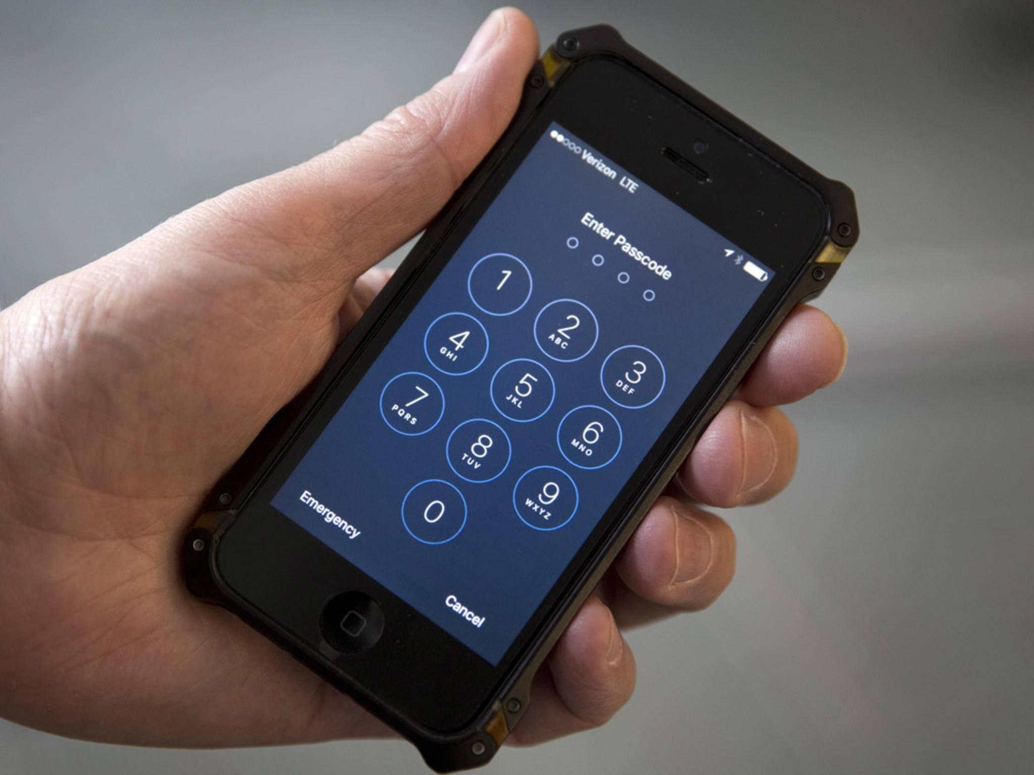 """Apple lieferte dem FBI keine """"Hintertür-Software"""", um ein iPhone zu entsperren."""