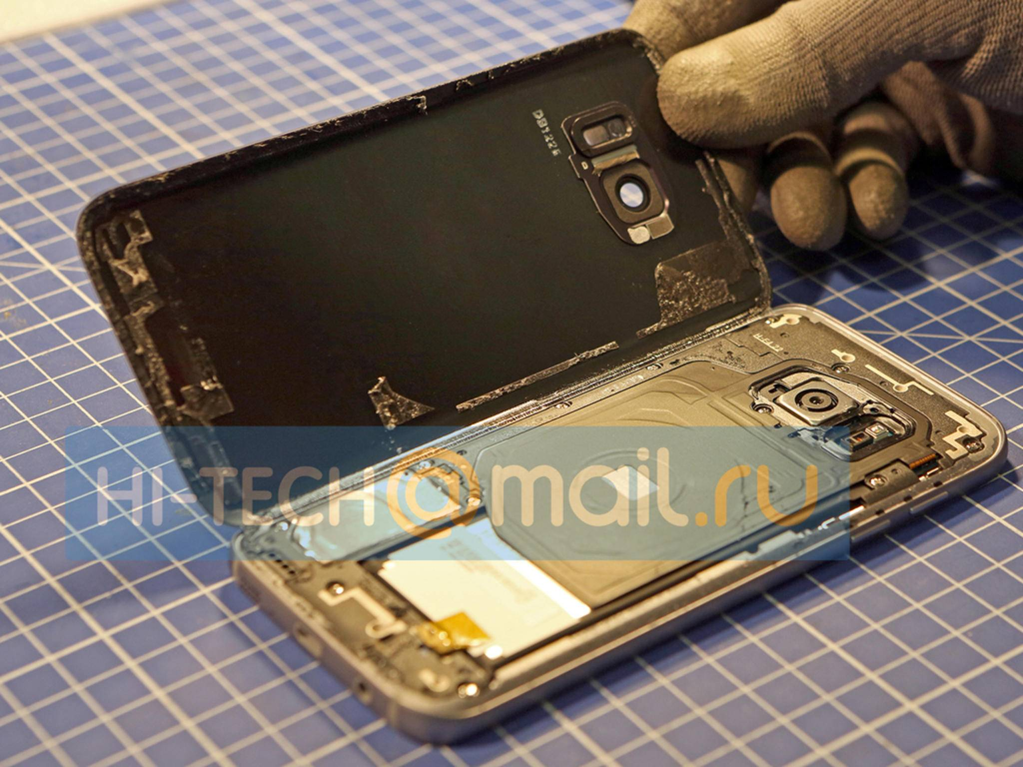 Das Samsung Galaxy S7 im Teardown.