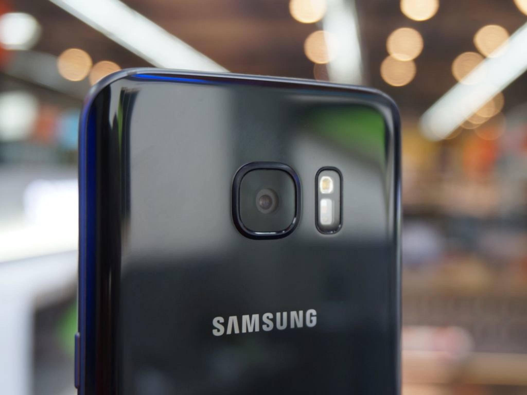 Die Rückkamera des Galaxy S7 löst mit 12 Megapixeln auf.