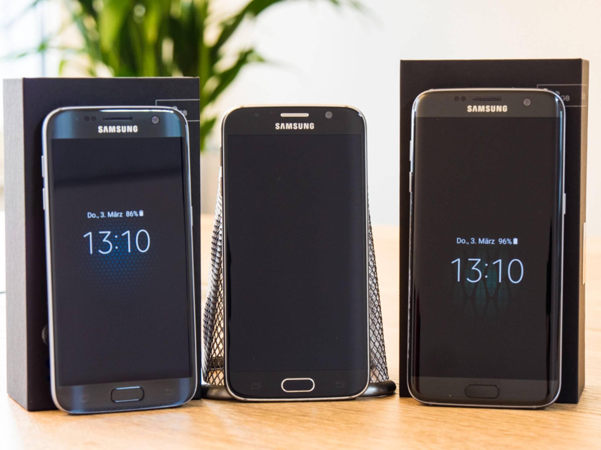 Das Galaxy S6 in der Mitte reiht sich optisch gut ein.