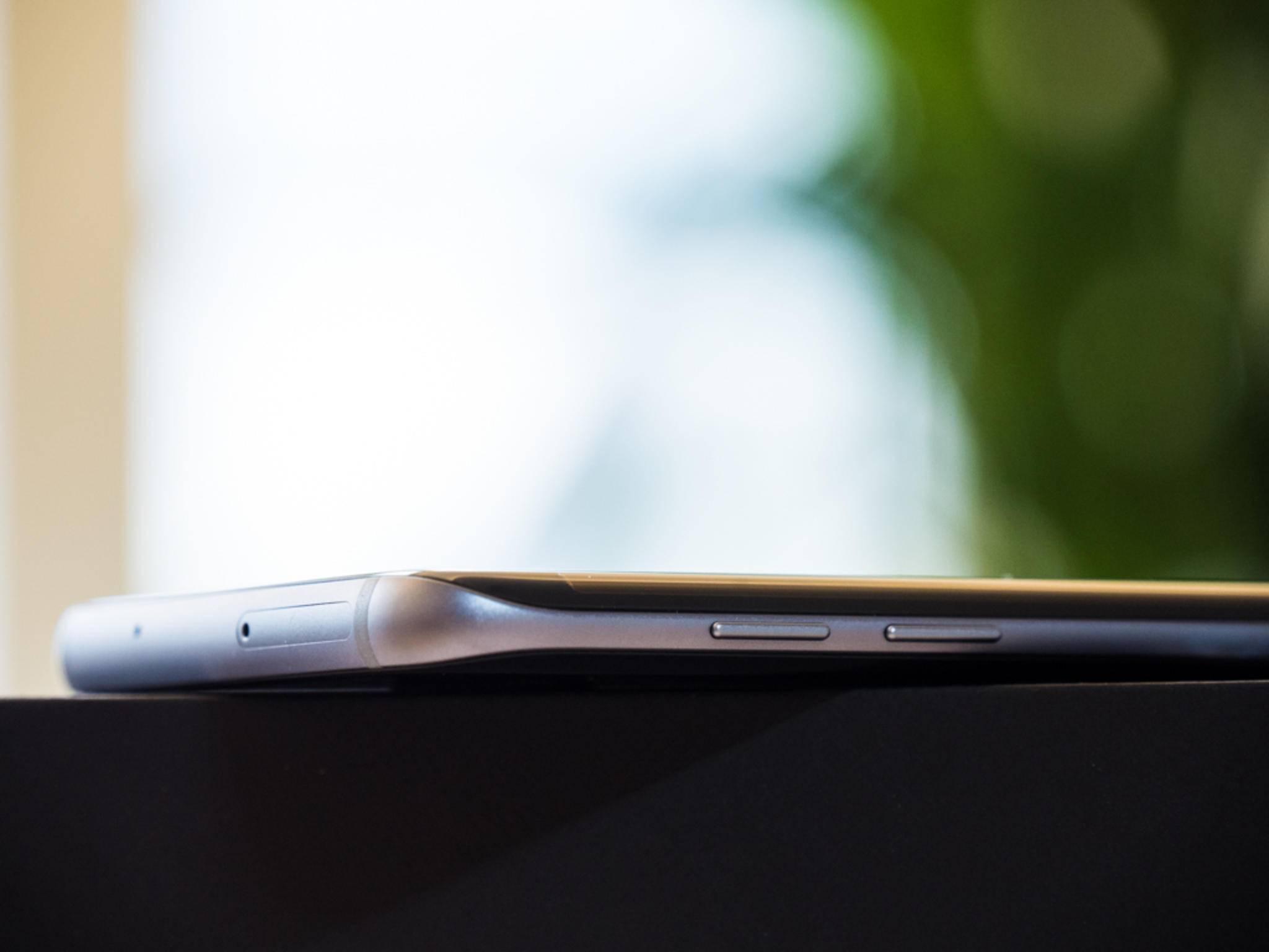 Das Galaxy S7 Edge fällt in diesem Jahr allerdings größer aus.