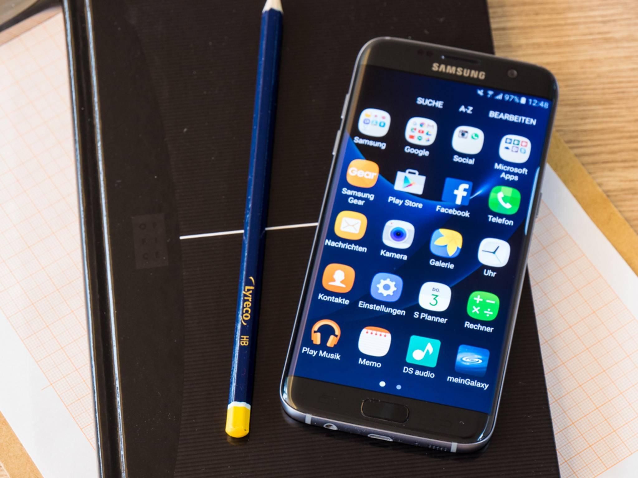 Eine neue Basis für Samsungs TouchWiz-UI soll wertvolle Akkulaufzeit sparen.