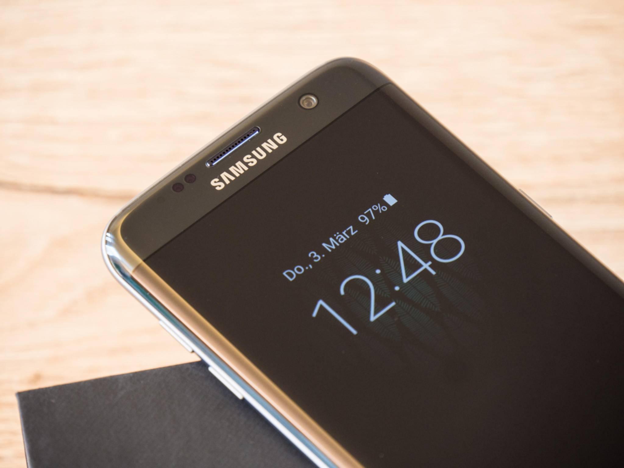 Das Always-on-Display wird es auch nach dem Update nur für das Galaxy S7 geben.