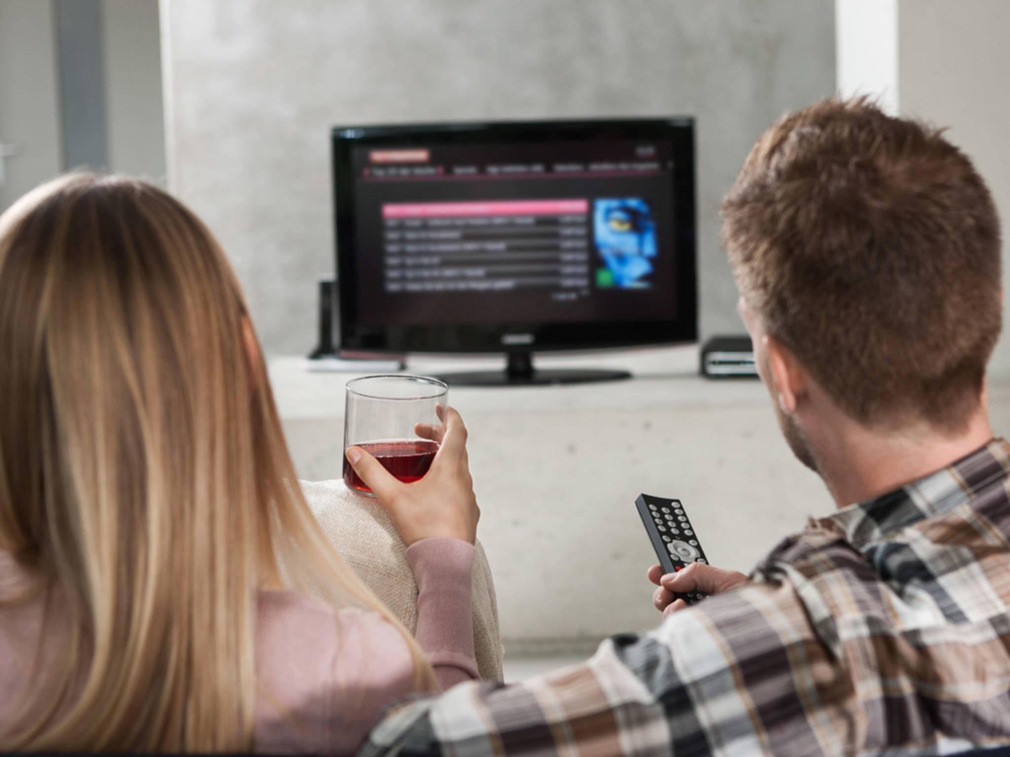 Wer per IPTV oder Live-Stream schaut, muss sich am längsten mit dem Torjubel gedulden.