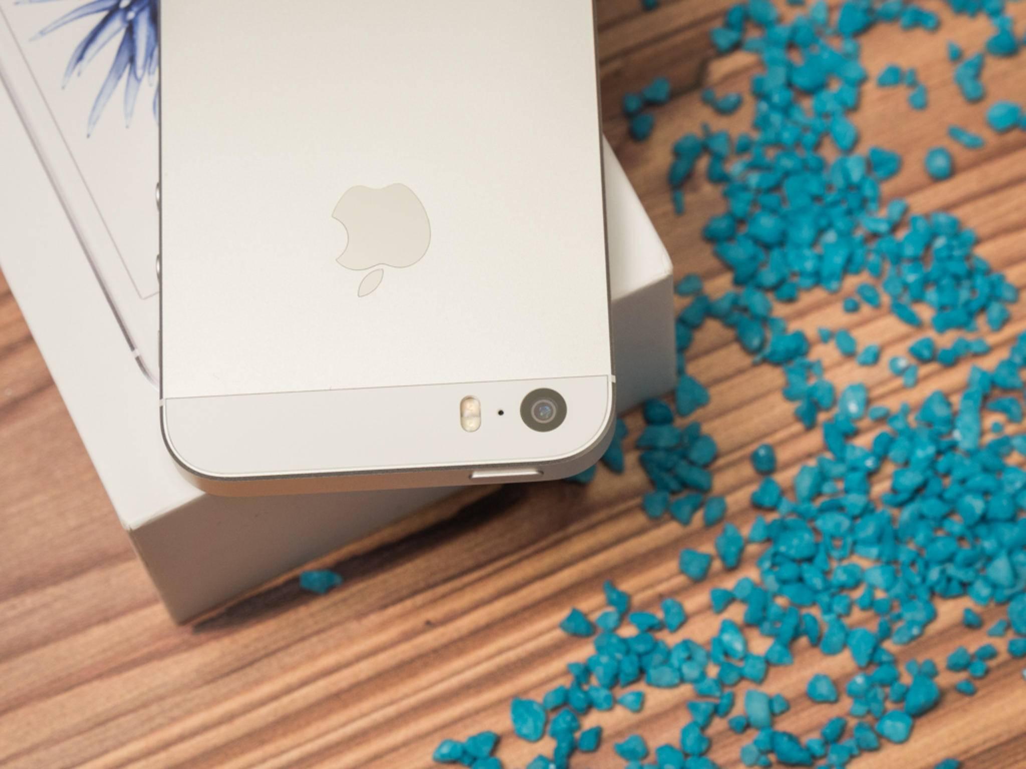 Ein Hack macht die eckigen iPhone-Ordner rund.