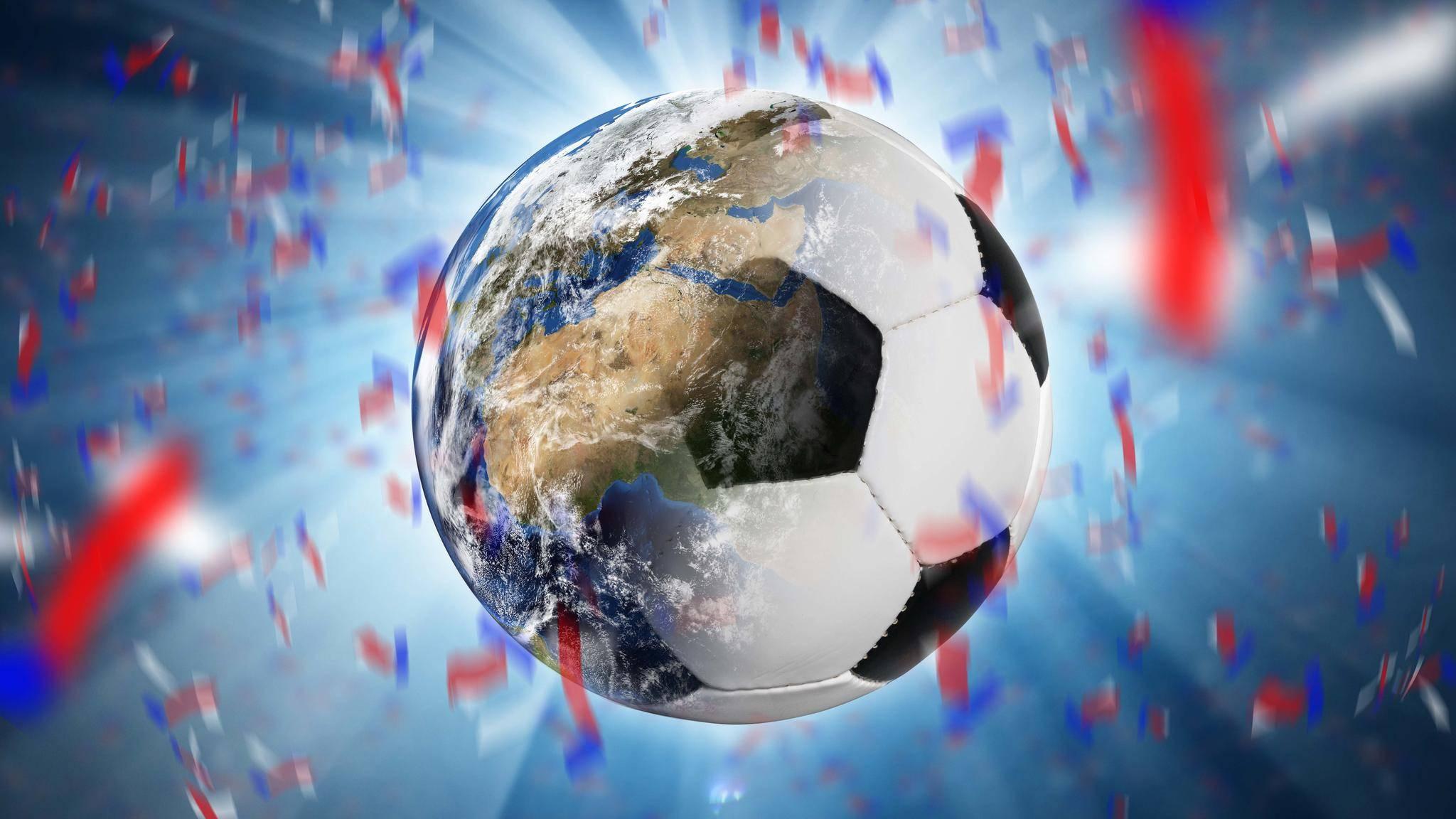 Passend zur WM 2018 haben wir Dir die perfekten Fußballhymnen zusammengestellt.