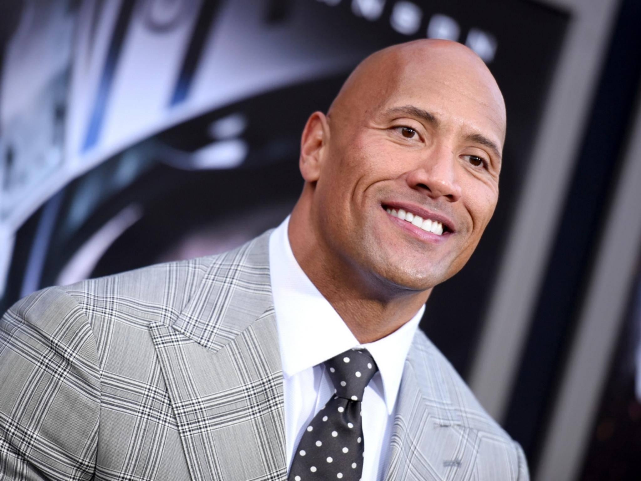 """Imposante Statur, perfekte Zähne, verwegene Glatze: Das """"People""""-Magazine ist hin und weg von Dwayne """"The Rock"""" Johnson."""
