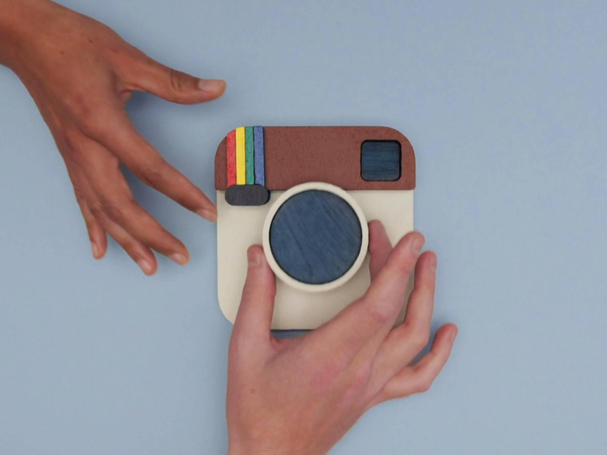 Instagram hat sein altes Logo auseinander genommen.
