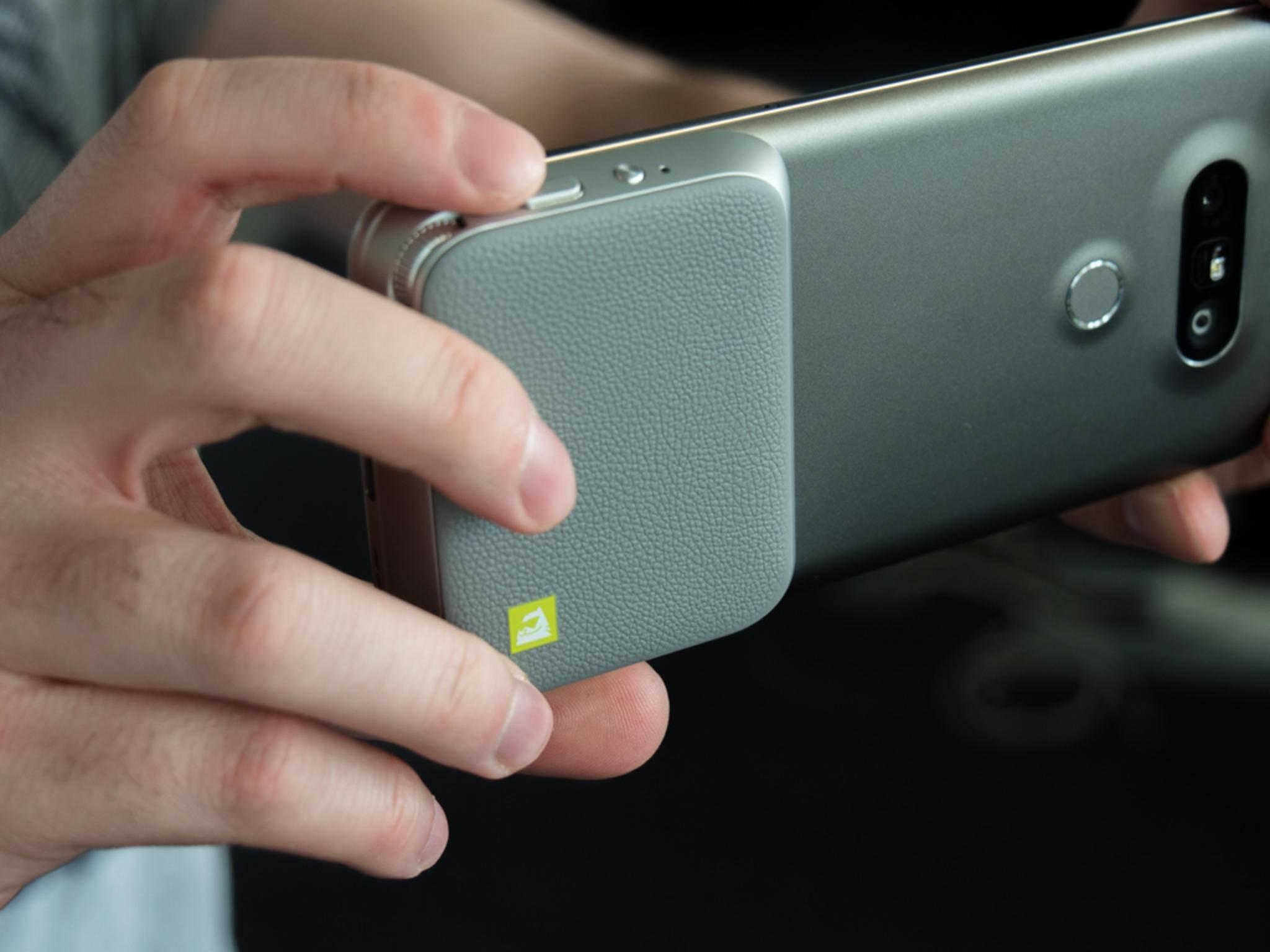 Das LG Cam Plus will aus dem LG G5 eine Digitalkamera machen.