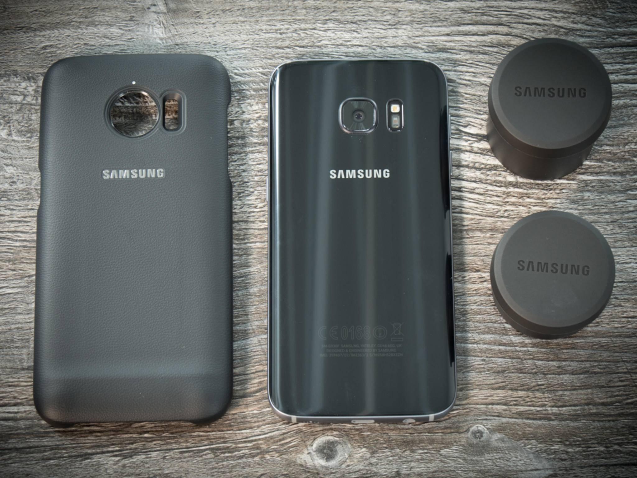Für 149,90 gibt's bei Samsung das Cover plus zwei Linsen.